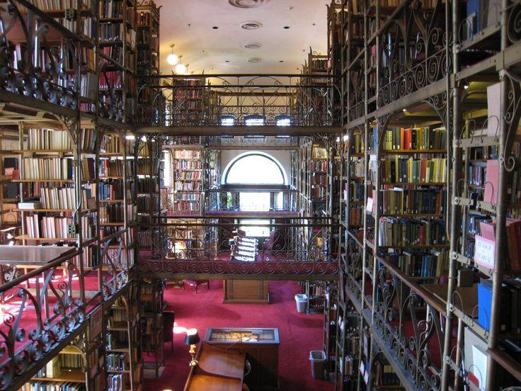 Uris Library  (   Image   )