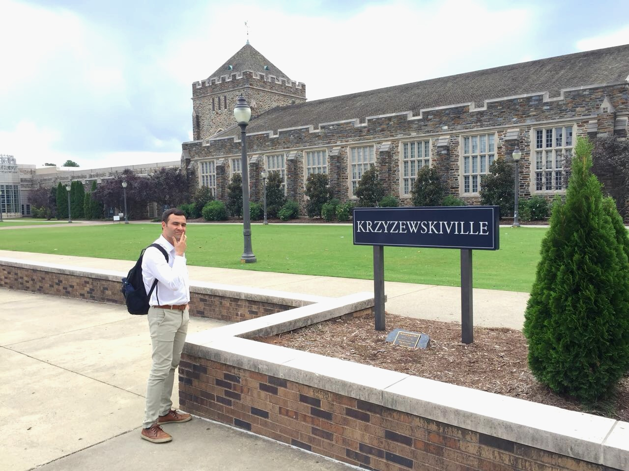 Murilo poses on campus at Duke while visiting an LP Alum