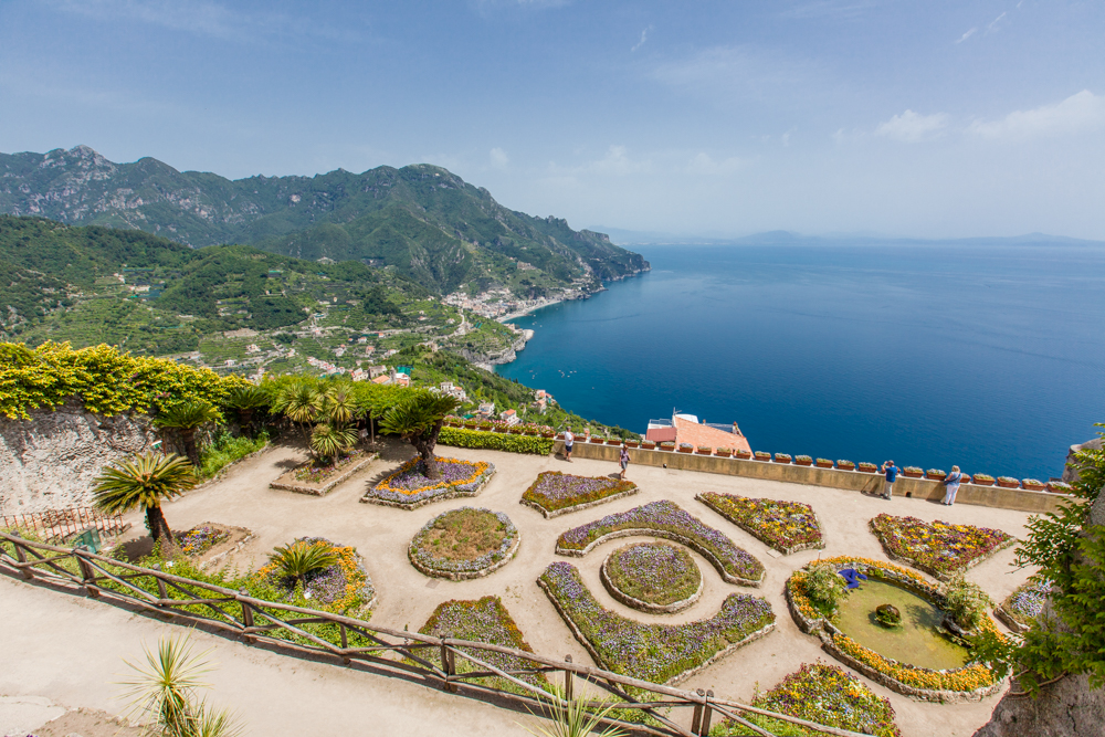 And you'll get this amazing view of the iconic cliffside gardens!