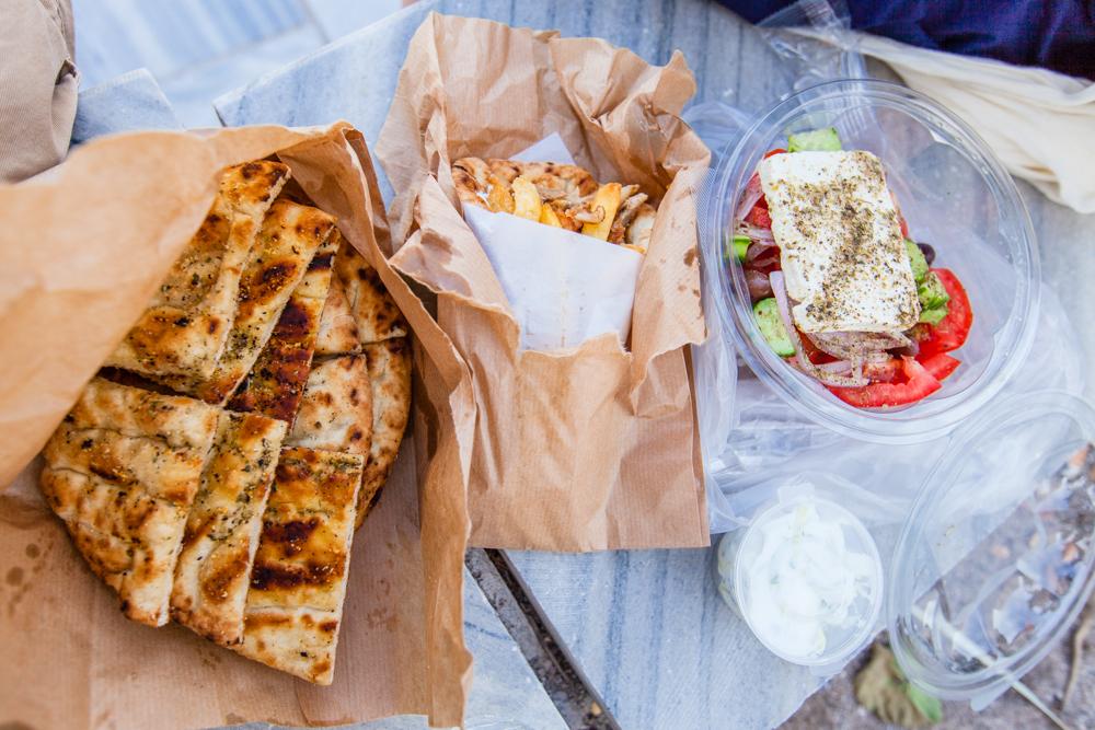 The garlic pita bread and greek salad were delicious