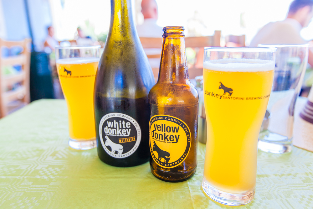 We also stopped at the Santorini Brewing Company for some beers and snacks before we ventured on our hike.