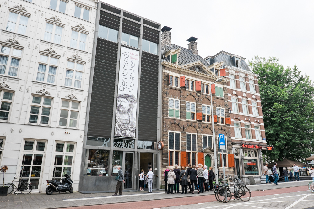 The Rembrandt House Museum where the painter, Rembrandt, lived and worked between 1639 and 1656 .
