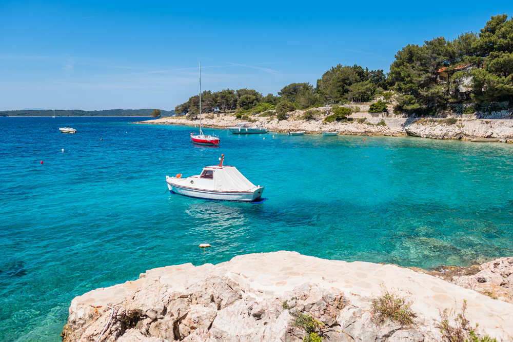 Although there are several beach entrances around Hvar, make sure to take water shoes if you want to go in. It's a rocky beach and there are sea urchins everwhere!