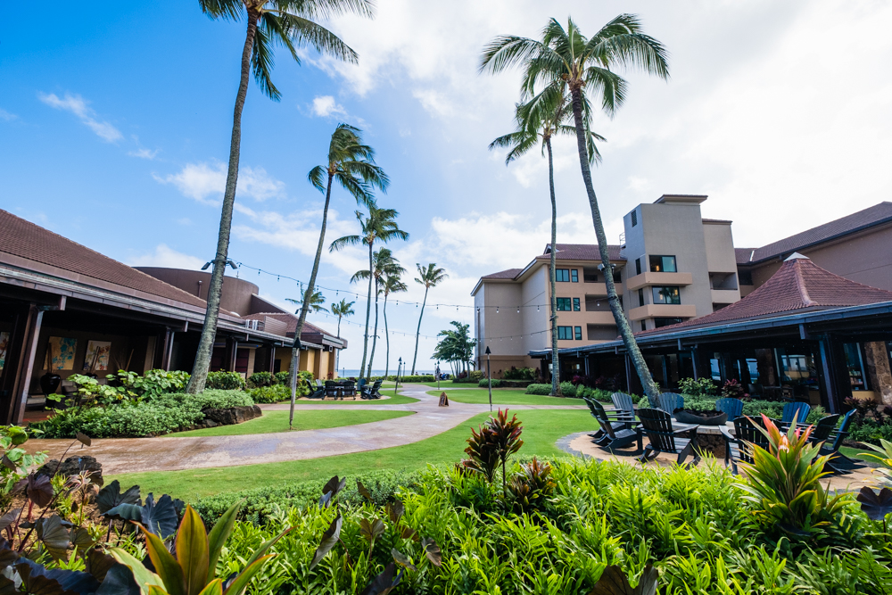 Another view of the courtyard at the Sheraton Kauai