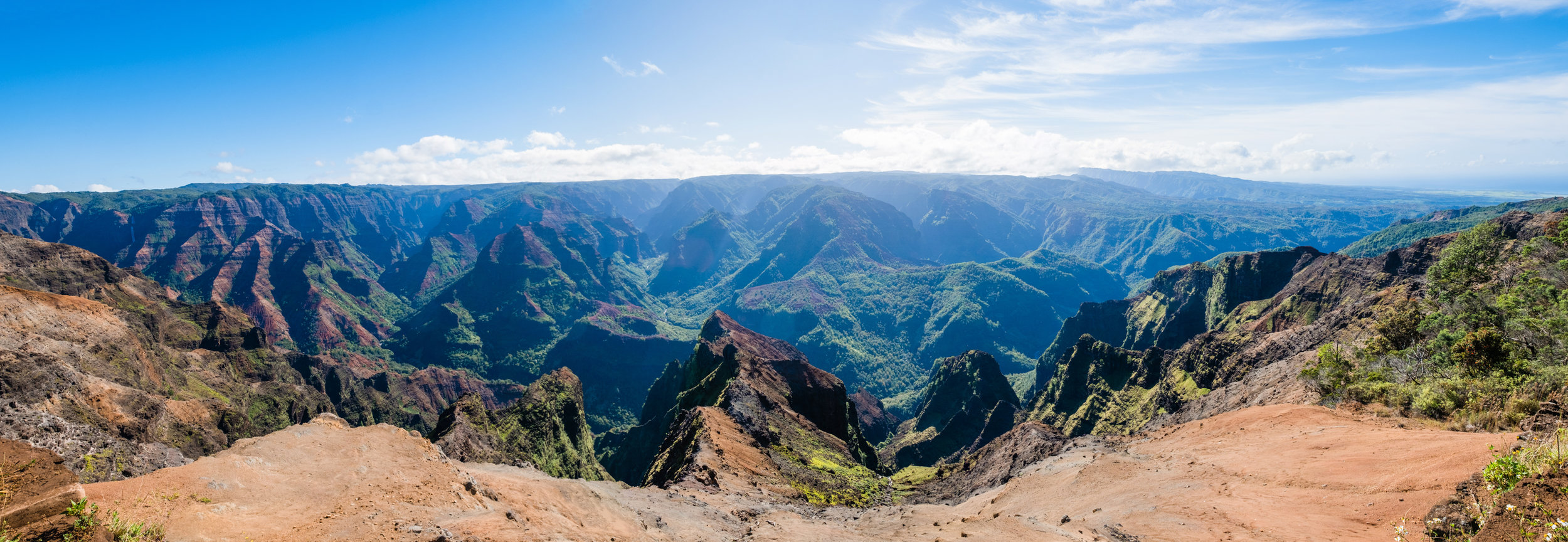waimea canyon lookout kauai hawaii