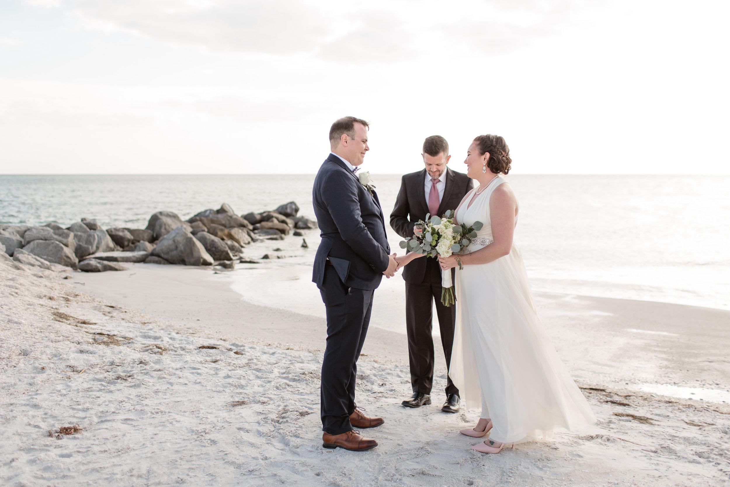 Beltran_Treasure_Island_Elopement_Tampa_Wedding_006-1.jpg