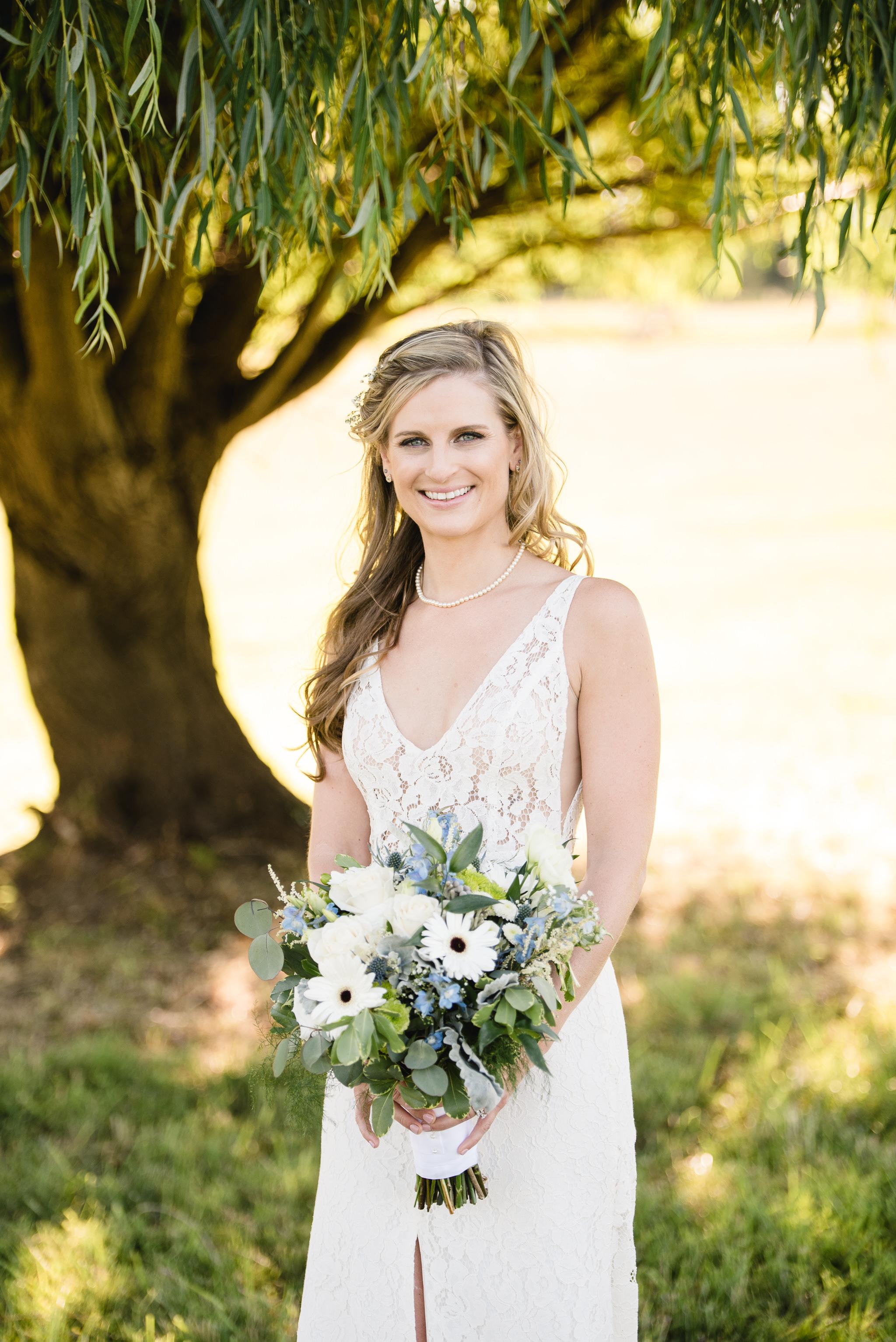LINDSAY_WEDDING_BORN_TO_RUN_FARM_2989.jpg