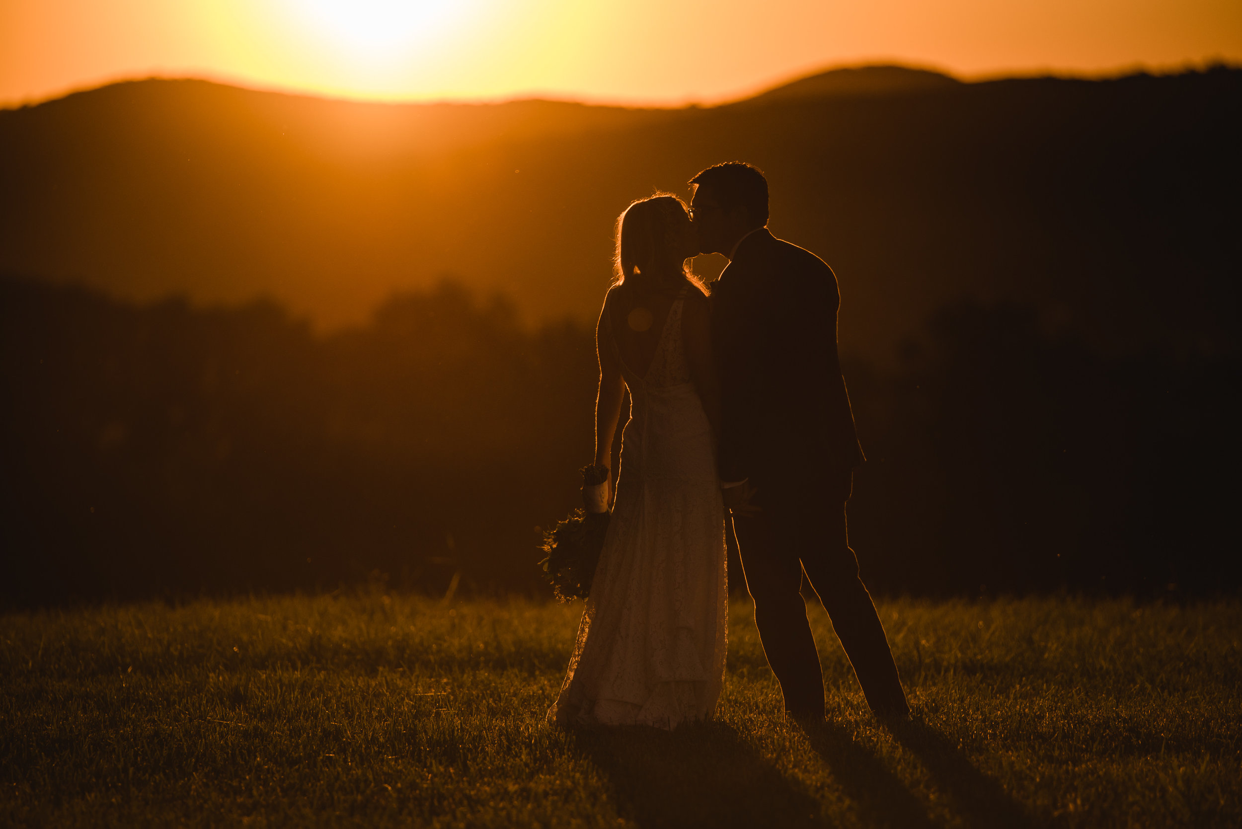 LINDSAY_WEDDING_BORN_TO_RUN_FARM_3671.jpg