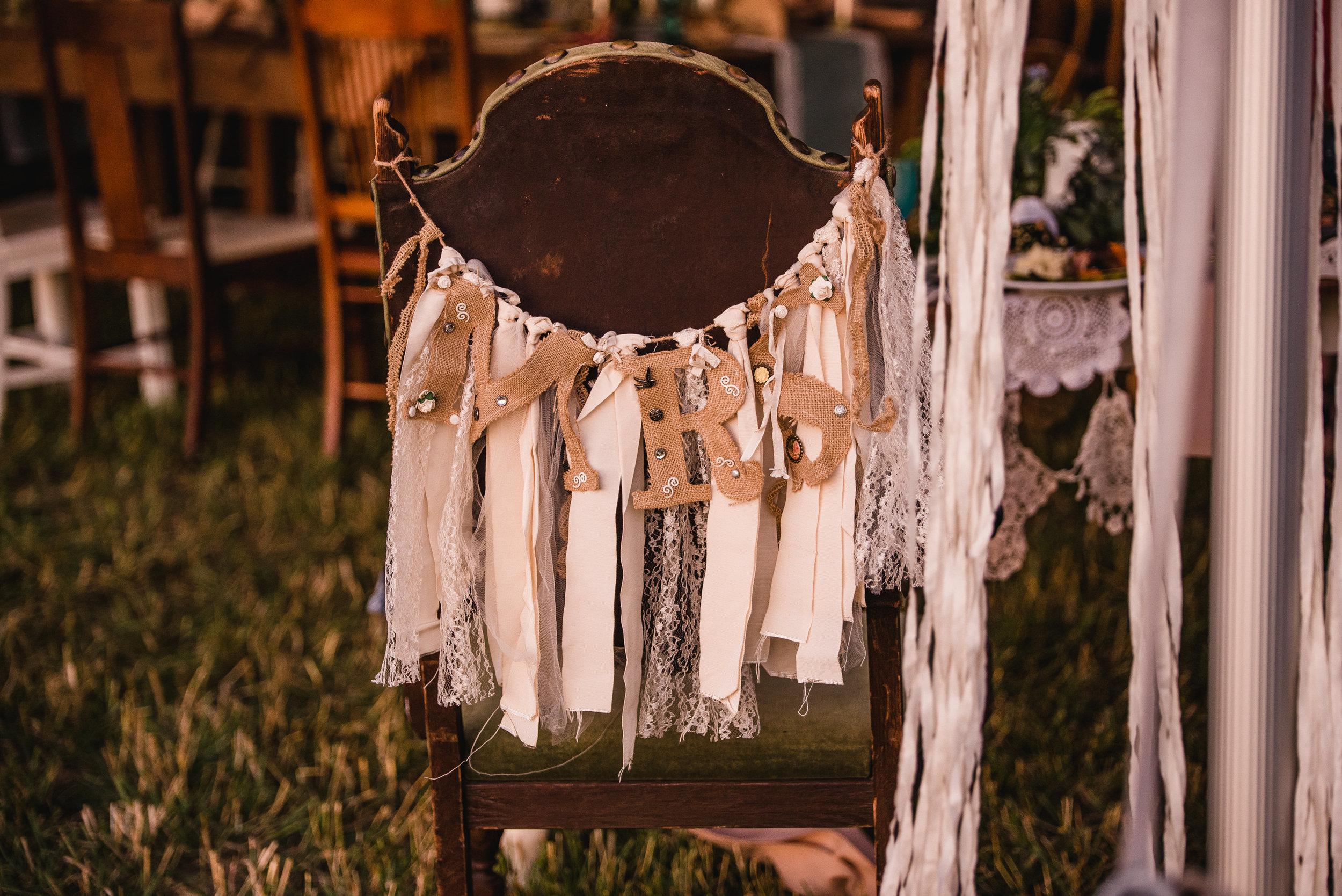 LINDSAY_WEDDING_BORN_TO_RUN_FARM_3838.jpg