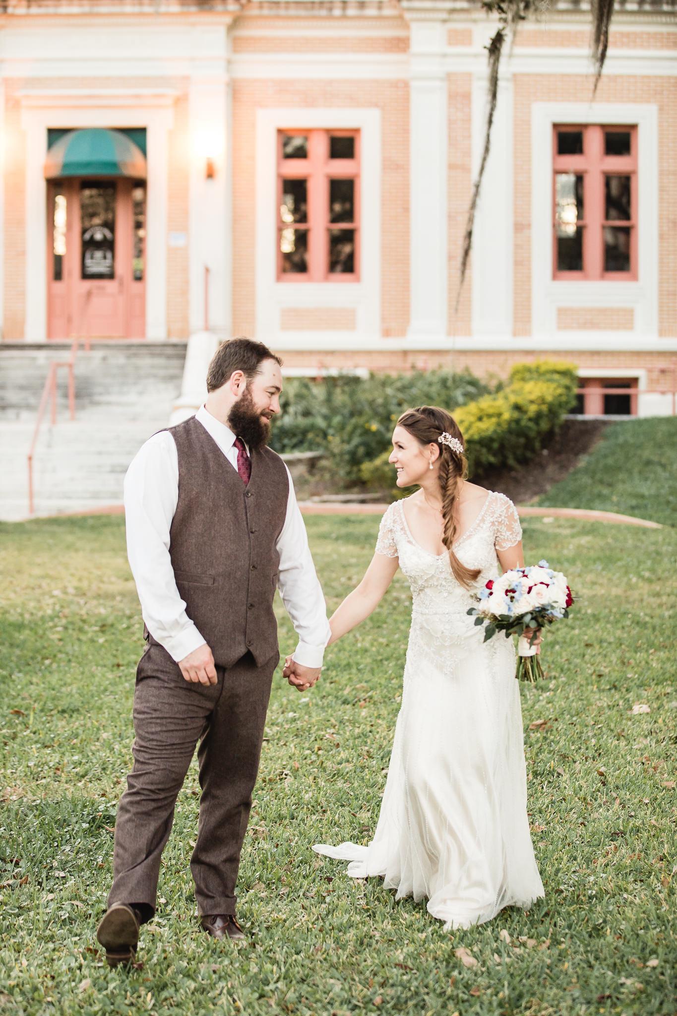 TAMPA_WEDDING_PHOTOGRAPHER_SHUFFLEBOARD_CLUB_6081.jpg