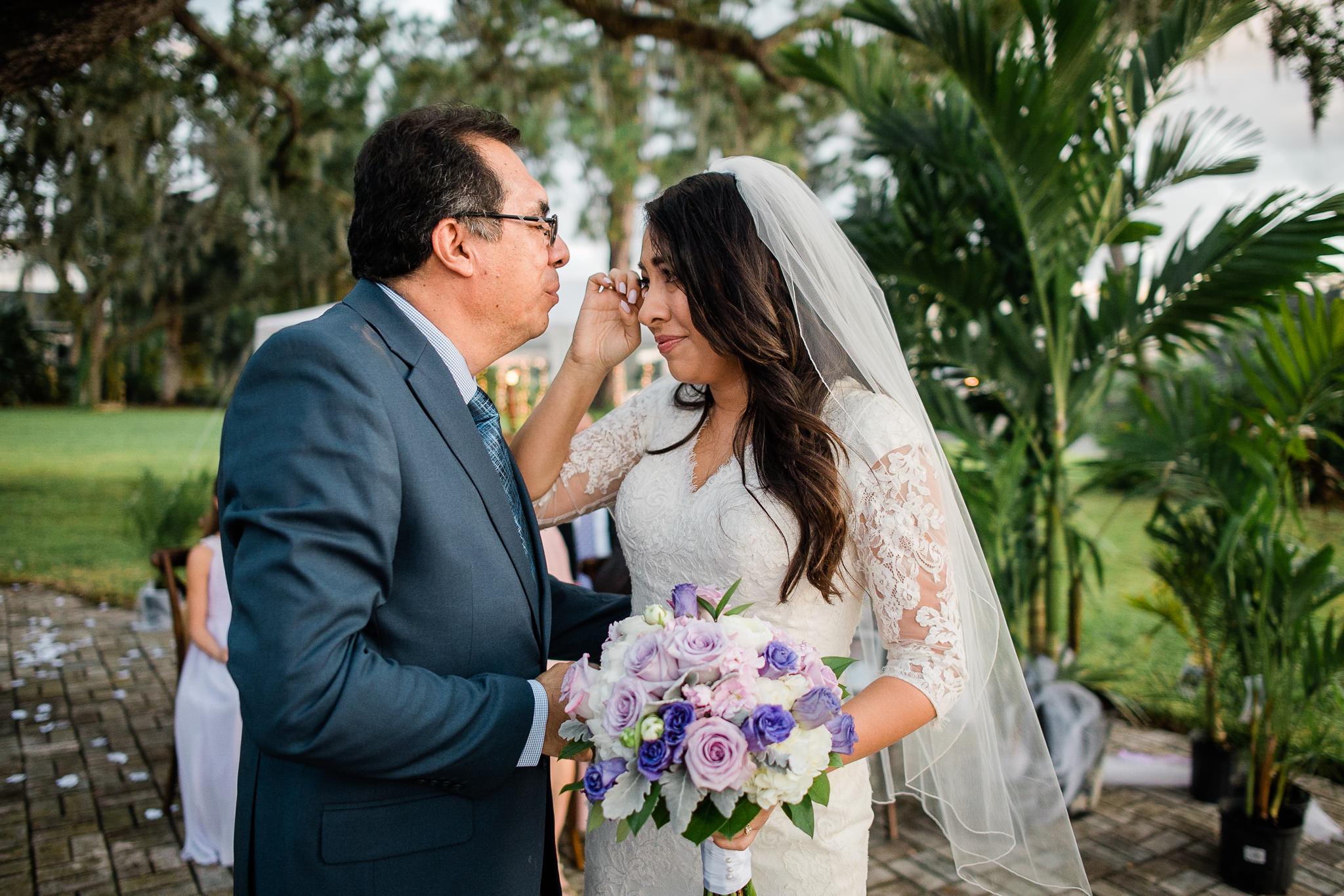 TAMPA_WEDDING_PHOTOGRAPHER_AAMZ_4404.jpg