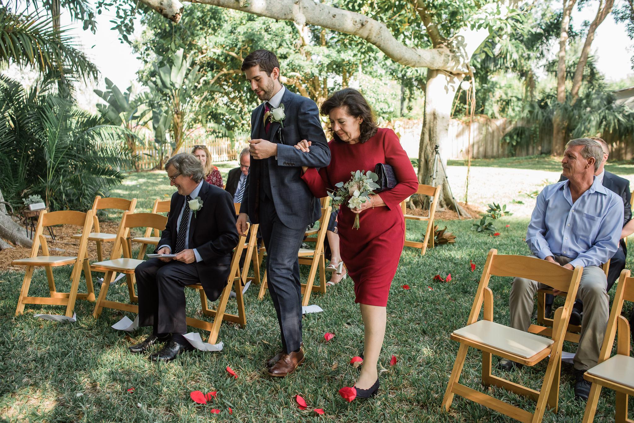 TAMPA_WEDDING_PHOTOGRAPHER_AKMZ_BANYON_GROVE_8.jpg