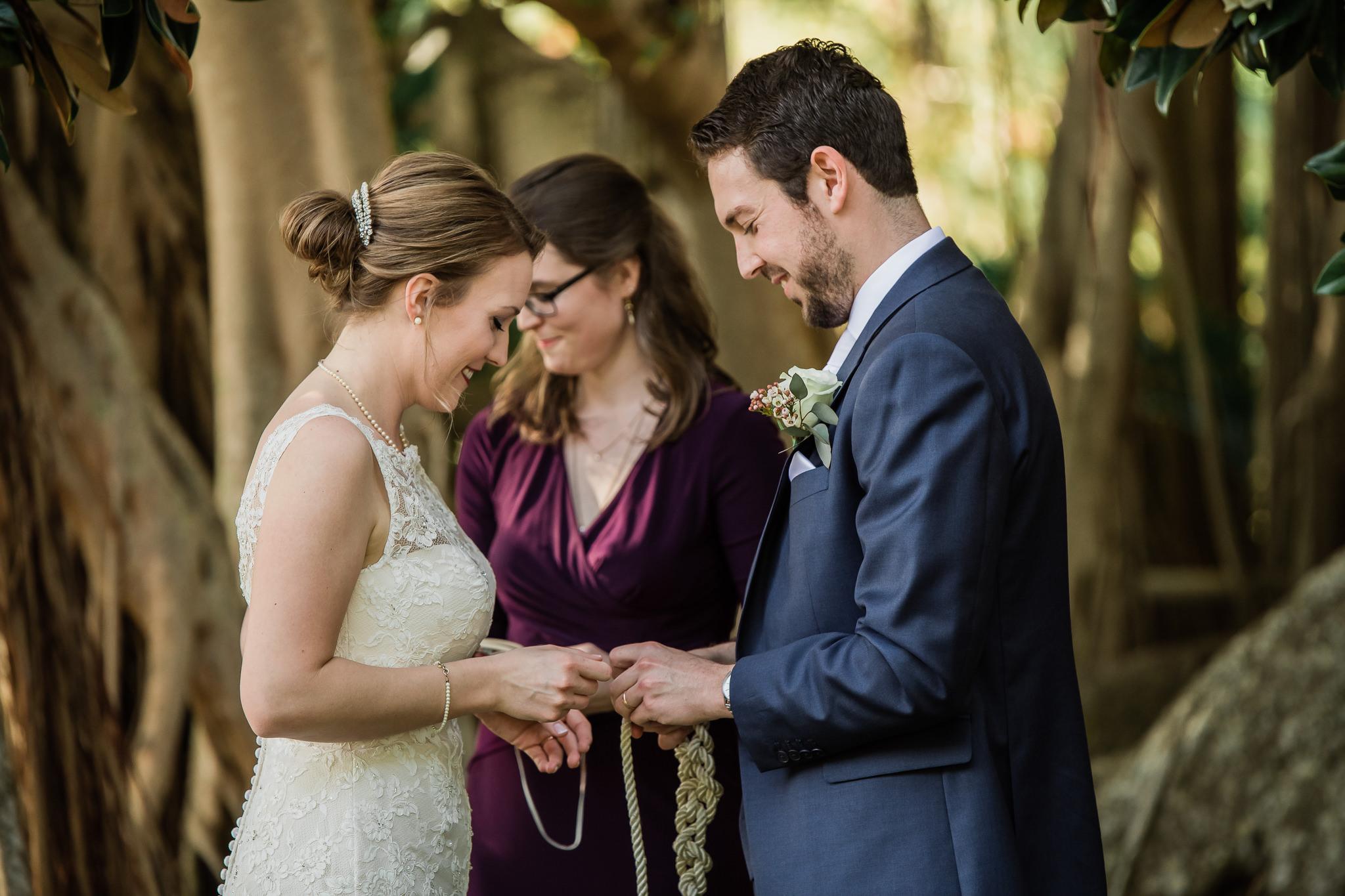 TAMPA_WEDDING_PHOTOGRAPHER_AKMZ_BANYON_GROVE_23.jpg