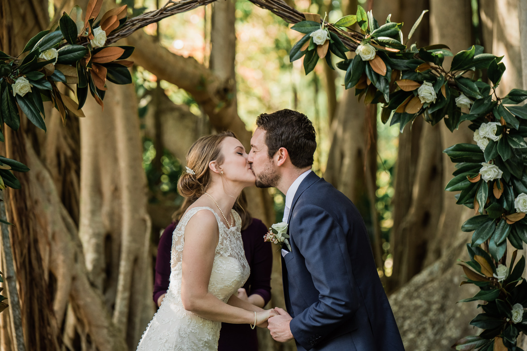 TAMPA_WEDDING_PHOTOGRAPHER_AKMZ_BANYON_GROVE_24.jpg