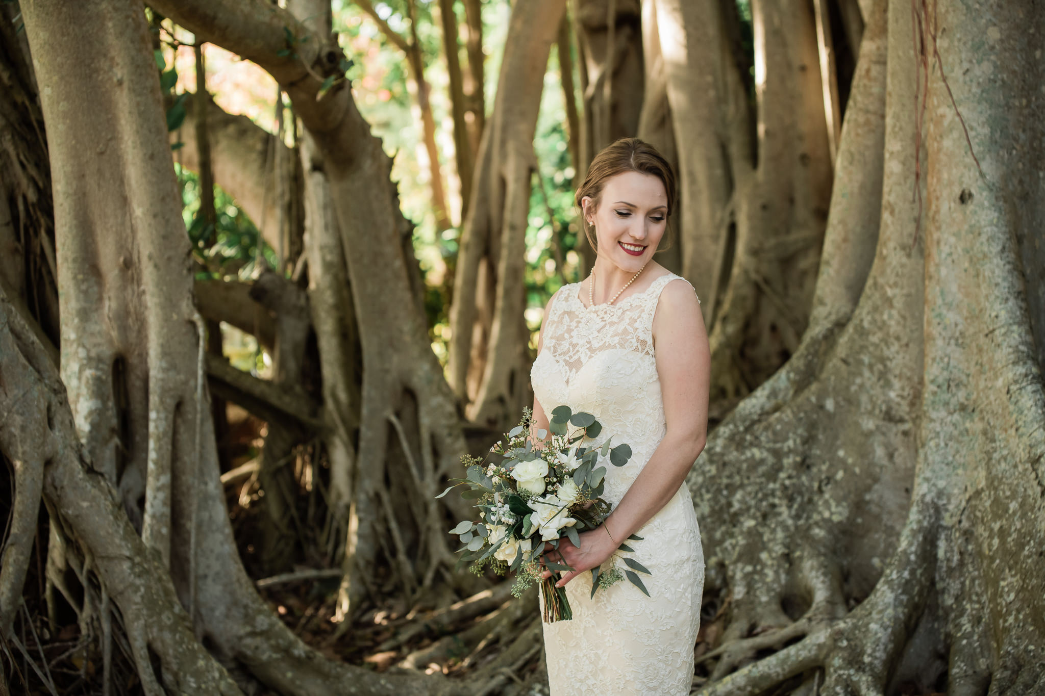 TAMPA_WEDDING_PHOTOGRAPHER_AKMZ_BANYON_GROVE_39.jpg