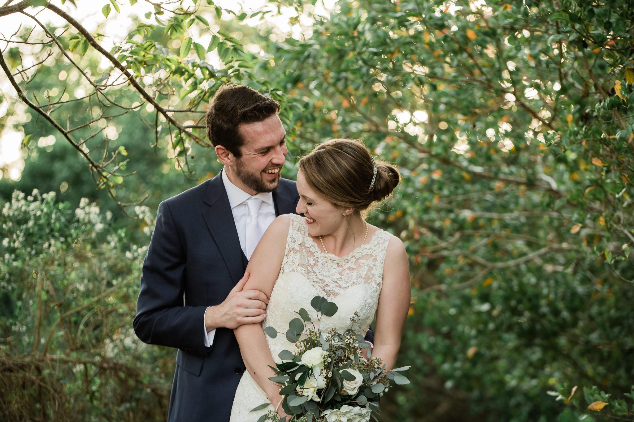 TAMPA_WEDDING_PHOTOGRAPHER_AKMZ_BANYON_GROVE_49.jpg