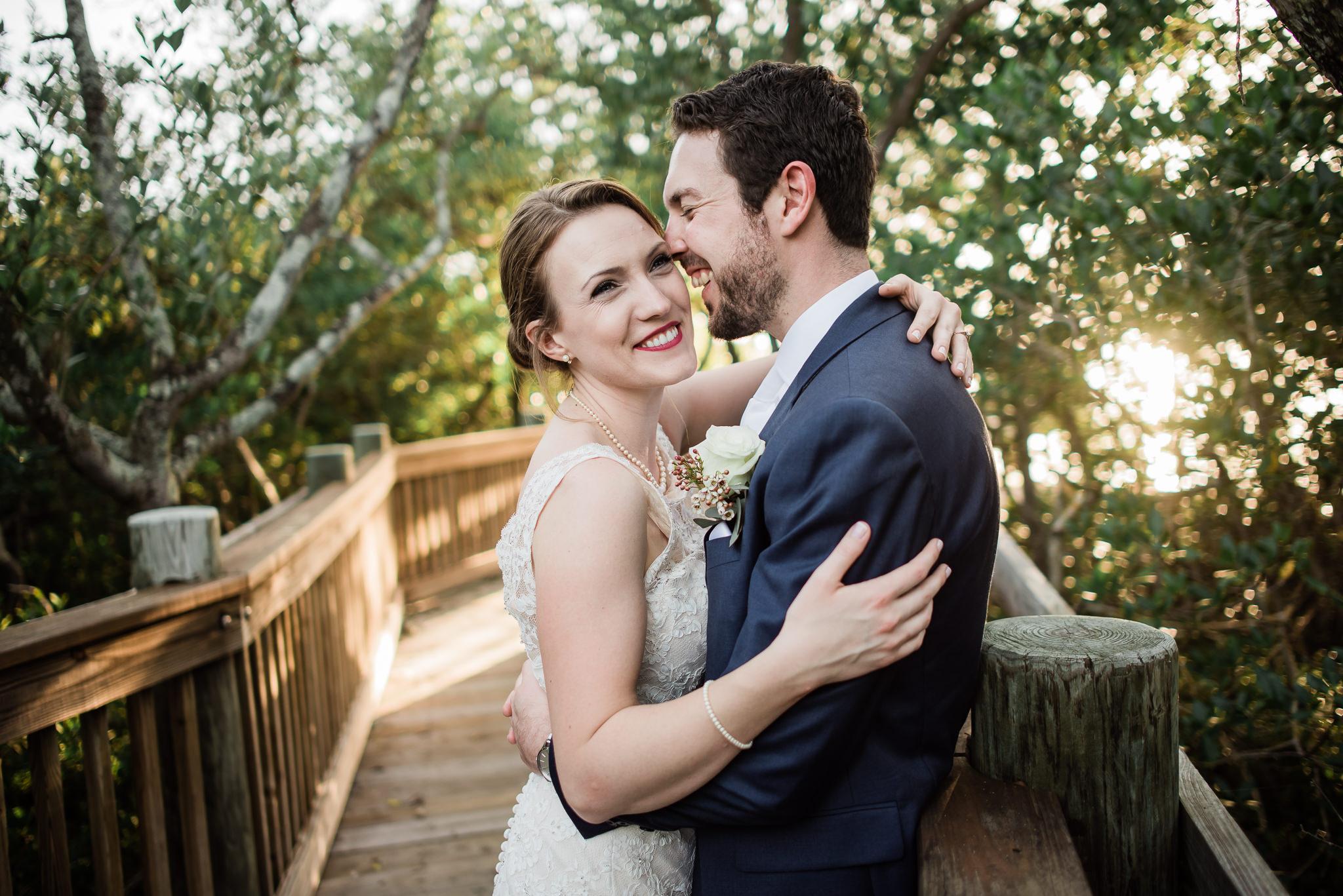 TAMPA_WEDDING_PHOTOGRAPHER_AKMZ_BANYON_GROVE_55.jpg