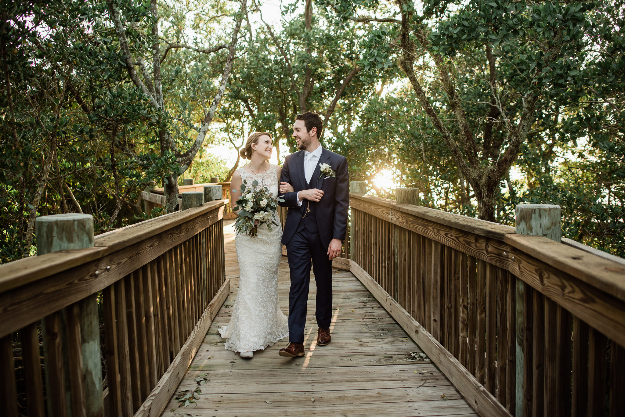 TAMPA_WEDDING_PHOTOGRAPHER_AKMZ_BANYON_GROVE_56.jpg