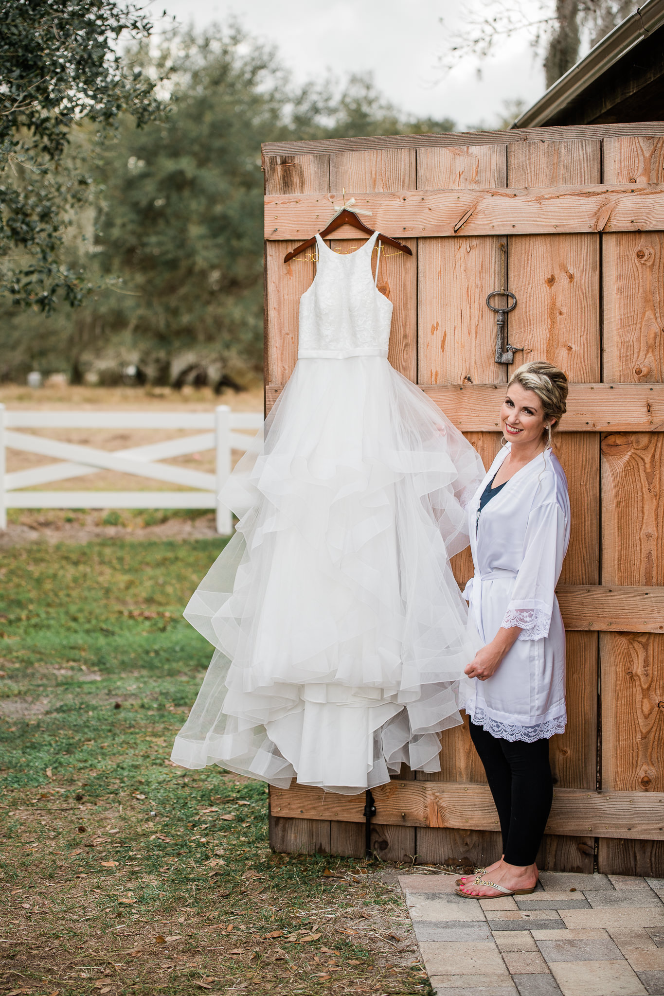 TAMPA_WEDDING_PHOTOGRAPHER_DRMZ_SPARROW_BARN_2.jpg