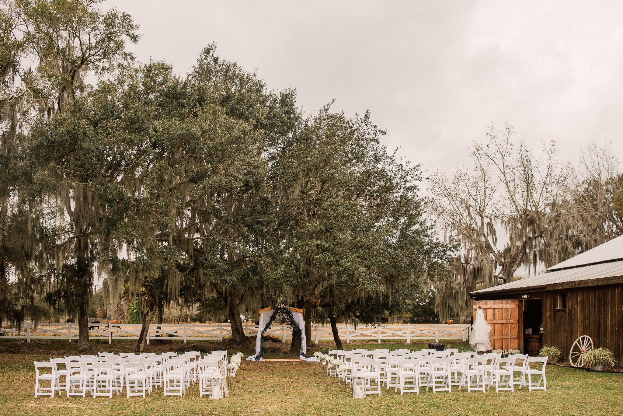 TAMPA_WEDDING_PHOTOGRAPHER_DRMZ_SPARROW_BARN_8.jpg