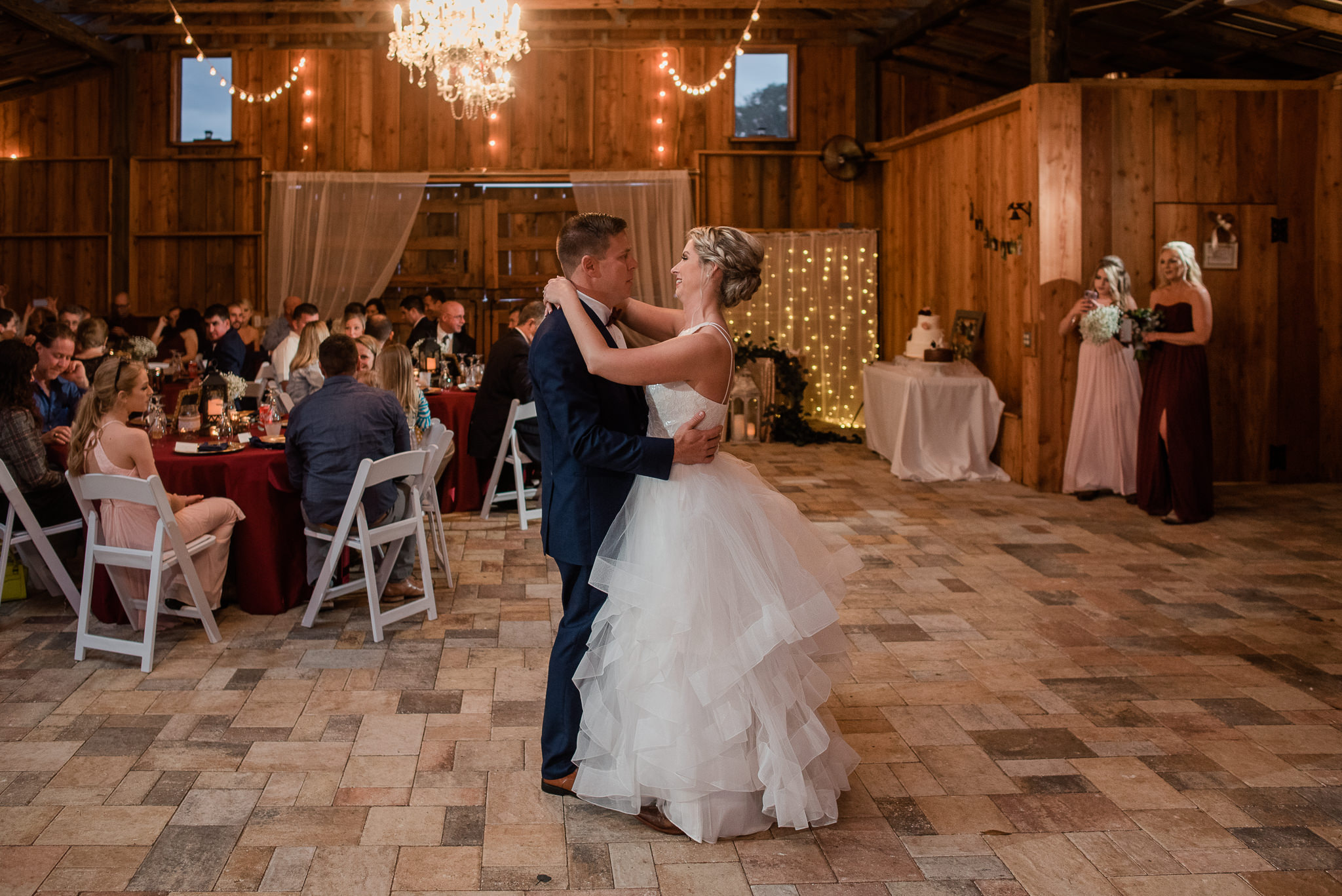 TAMPA_WEDDING_PHOTOGRAPHER_DRMZ_SPARROW_BARN_46.jpg