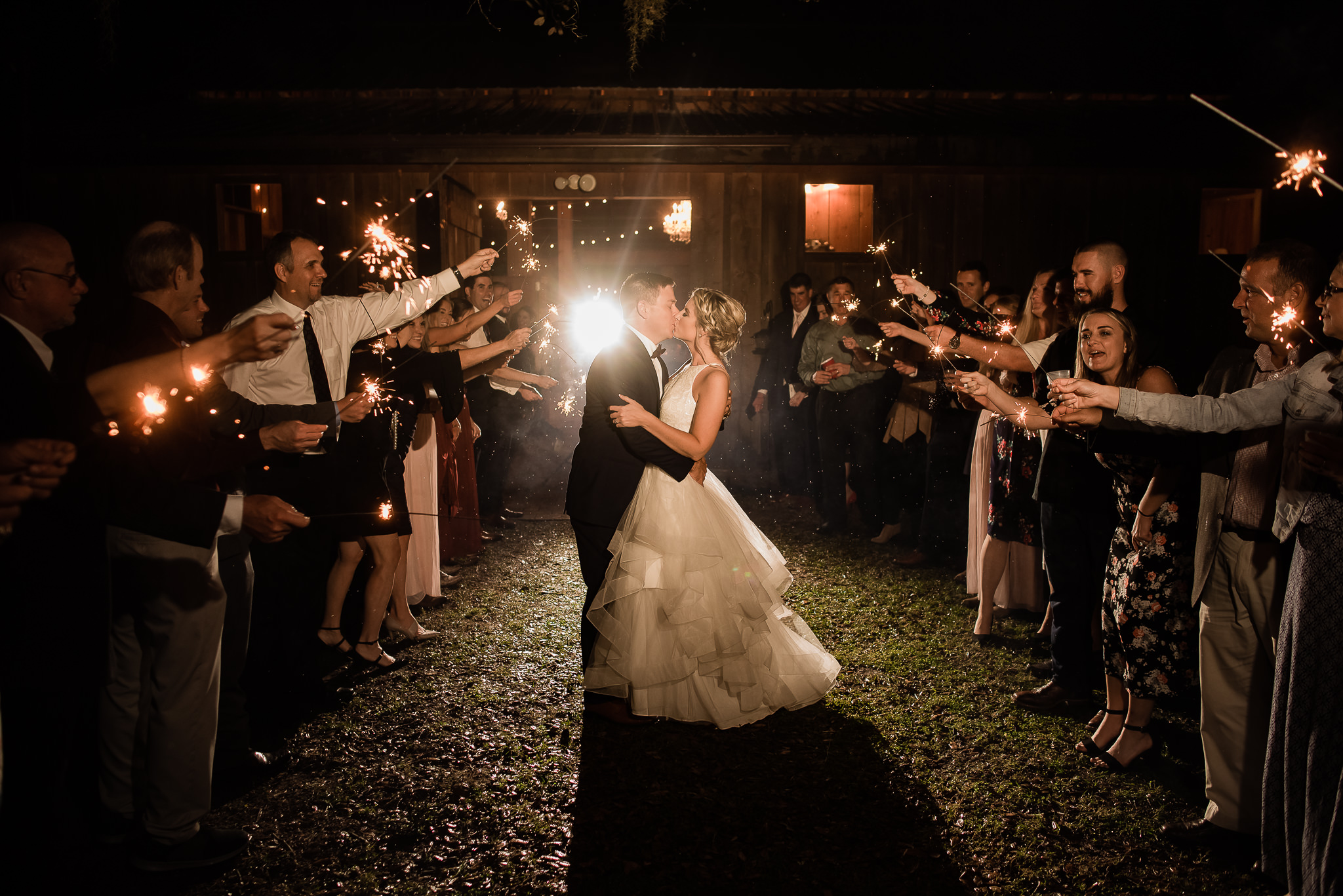 TAMPA_WEDDING_PHOTOGRAPHER_DRMZ_SPARROW_BARN_51.jpg