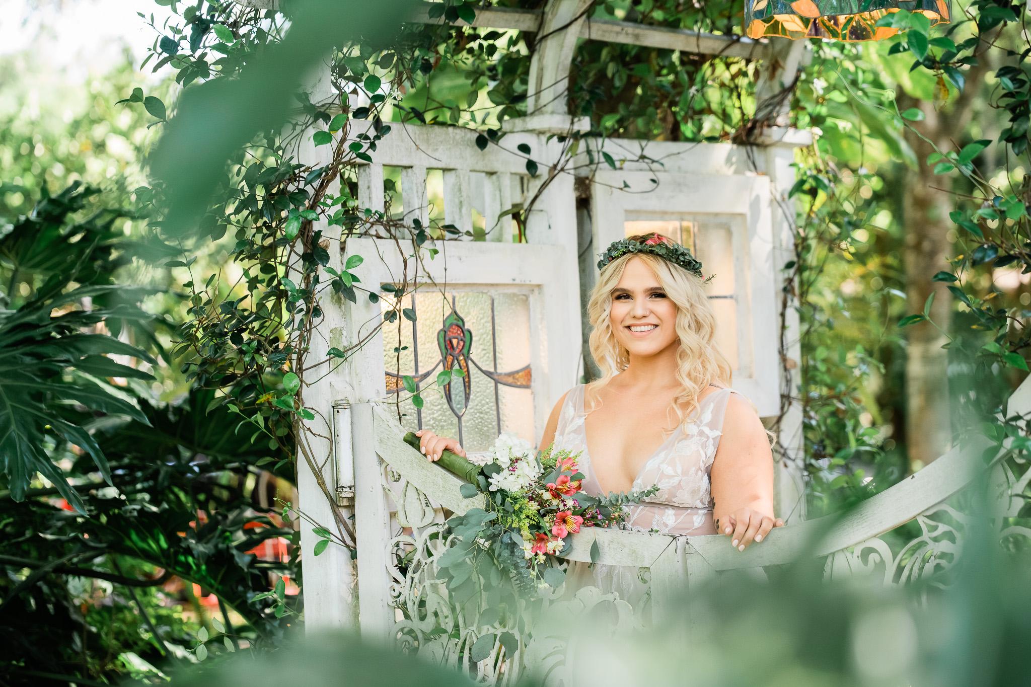 TAMPA_WEDDING_GIGIS_COUNTRY_GARDEN_CJMZ_Z85_9252.jpg