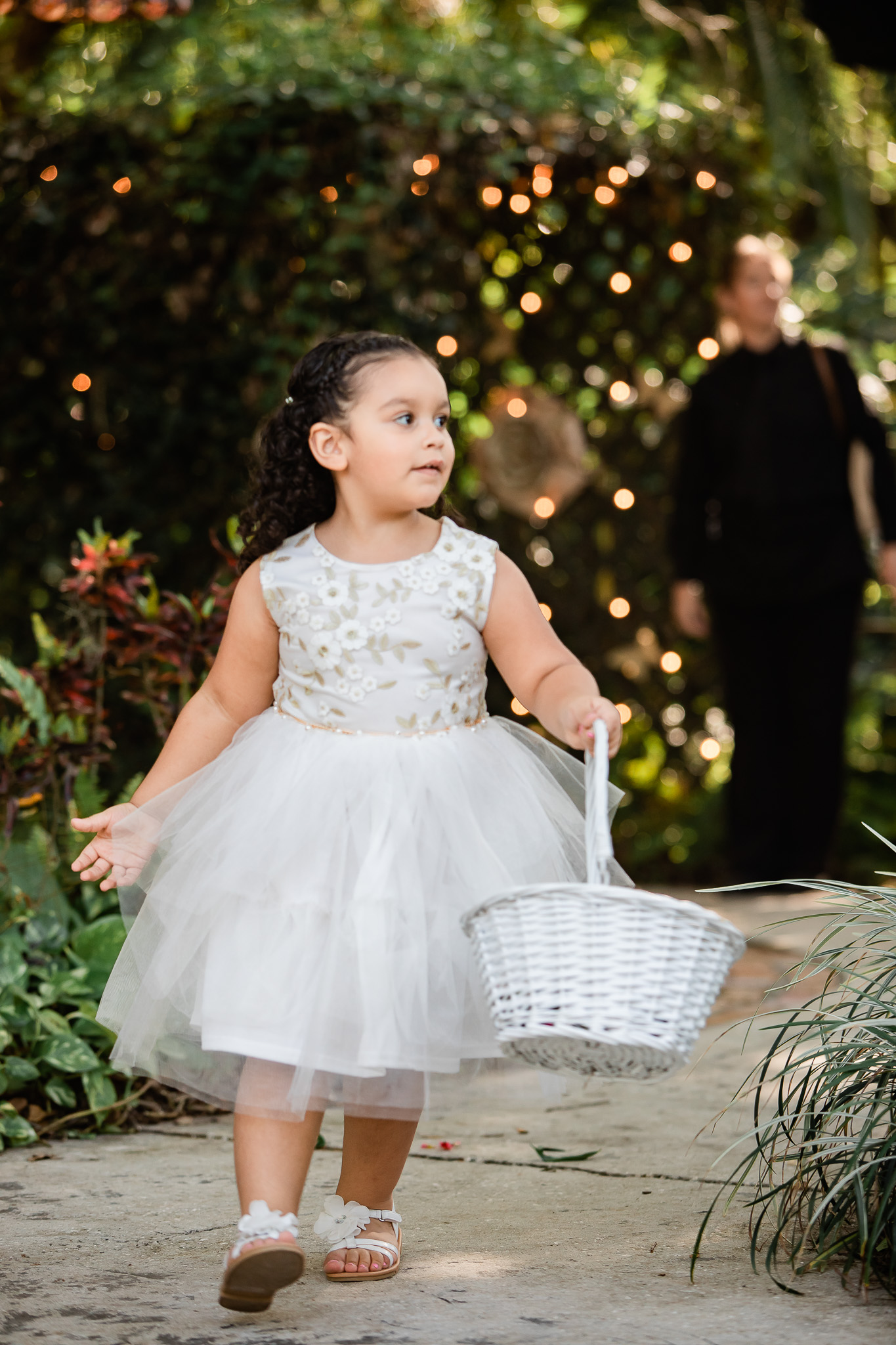 TAMPA_WEDDING_GIGIS_COUNTRY_GARDEN_CJMZ_TJL48202.jpg