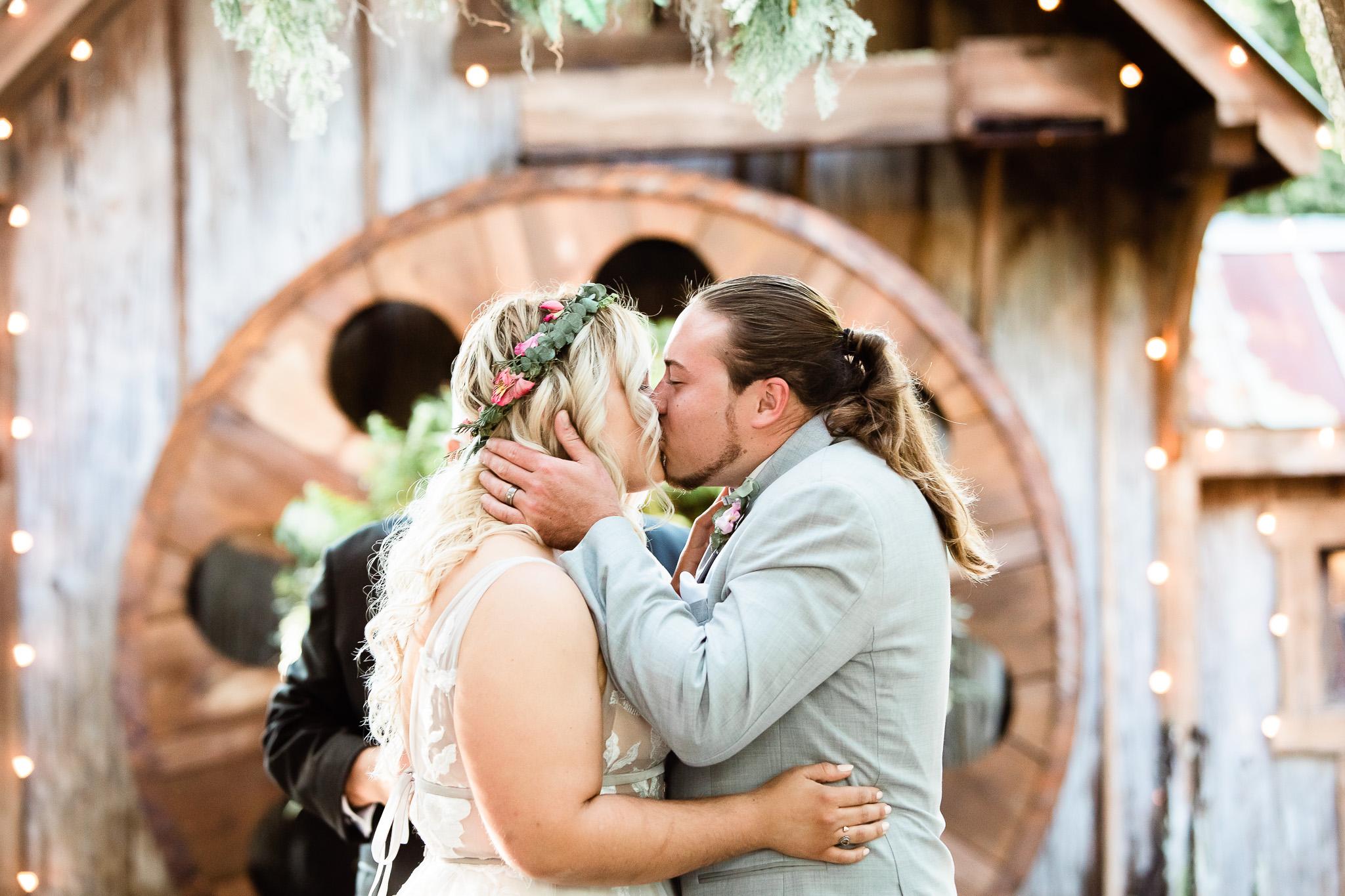 TAMPA_WEDDING_GIGIS_COUNTRY_GARDEN_CJMZ_TJL48266.jpg
