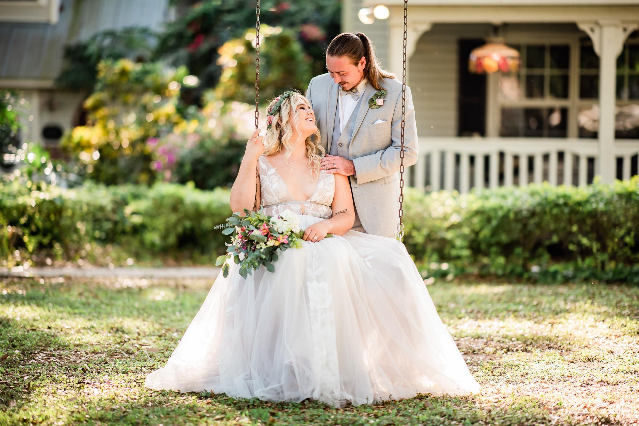 TAMPA_WEDDING_GIGIS_COUNTRY_GARDEN_CJMZ_Z85_9755.jpg