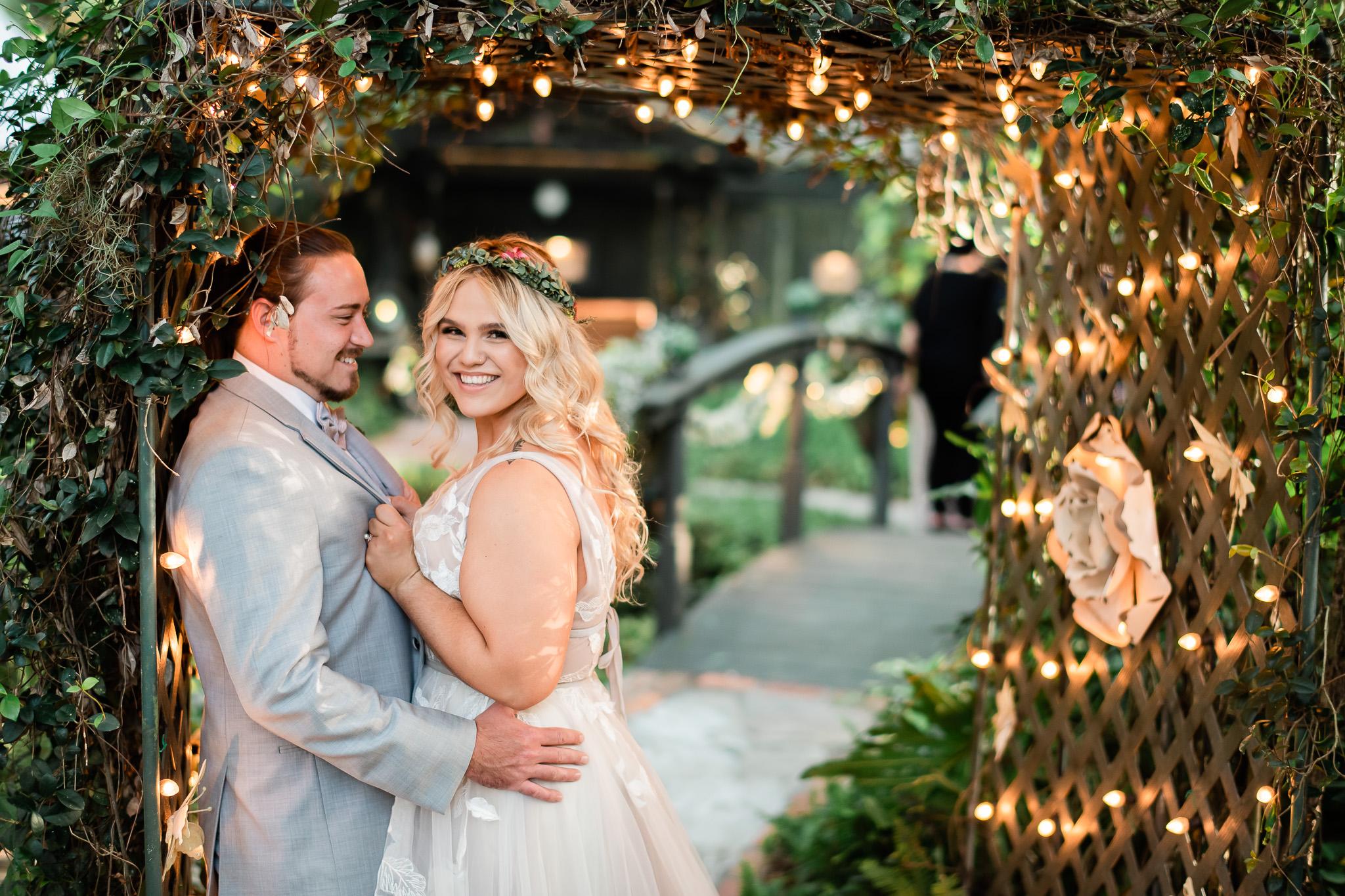 TAMPA_WEDDING_GIGIS_COUNTRY_GARDEN_CJMZ_Z85_9996.jpg