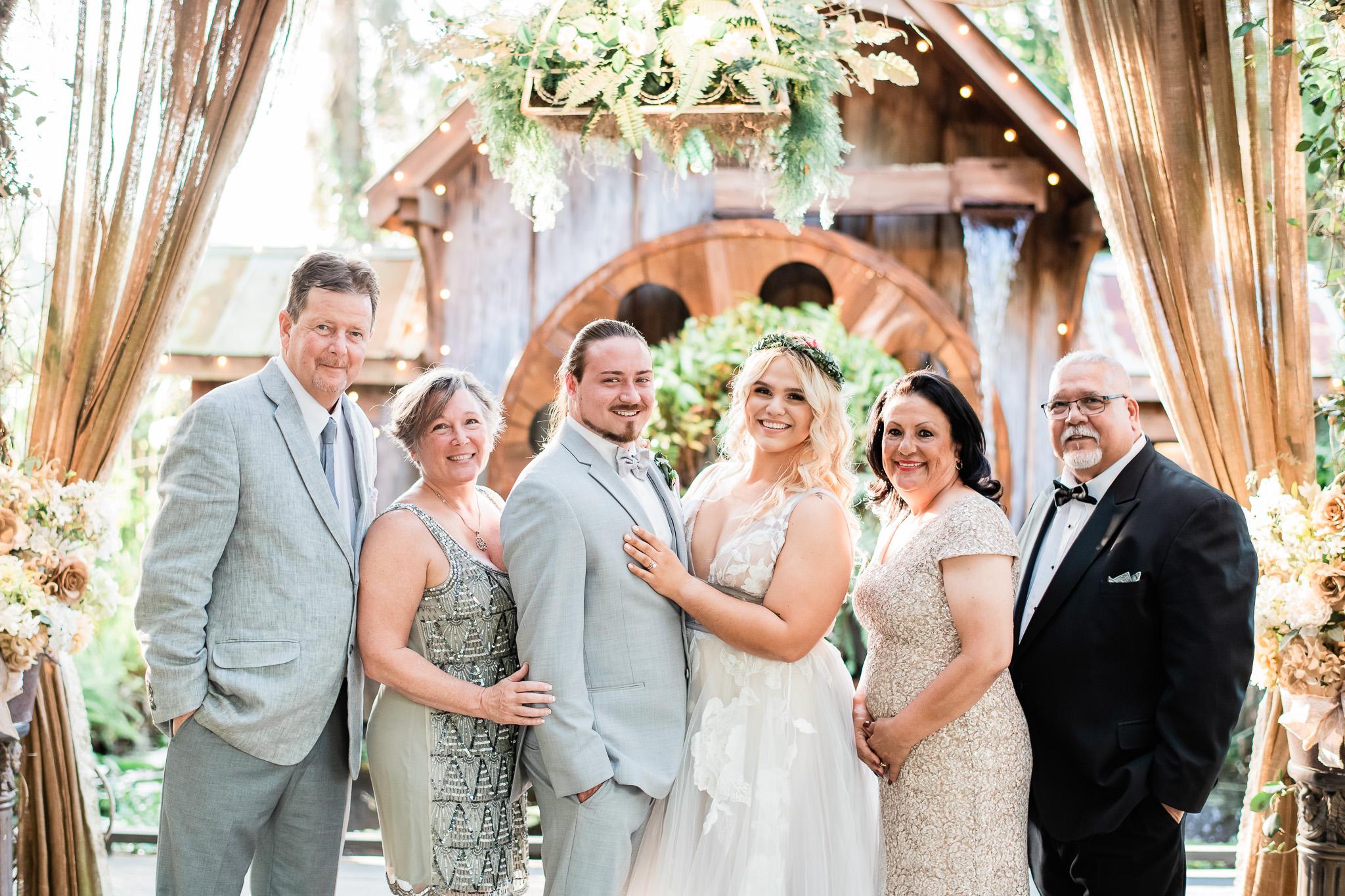 TAMPA_WEDDING_GIGIS_COUNTRY_GARDEN_CJMZ_Z85_9887.jpg