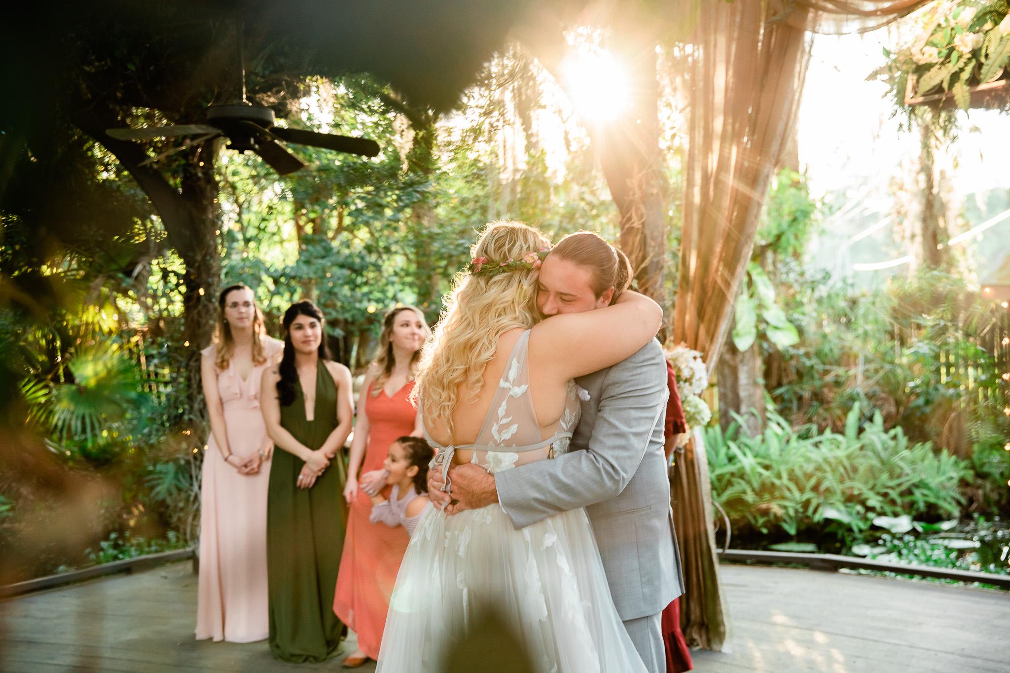 TAMPA_WEDDING_GIGIS_COUNTRY_GARDEN_CJMZ_TJP48392.jpg