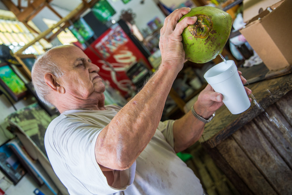 Ángel, Cuban American. Owner of one of Calle 8's landmarks: Los Pinareños Frutería (fruit market), established in 1967 with his wife Guillermina. Deceased.