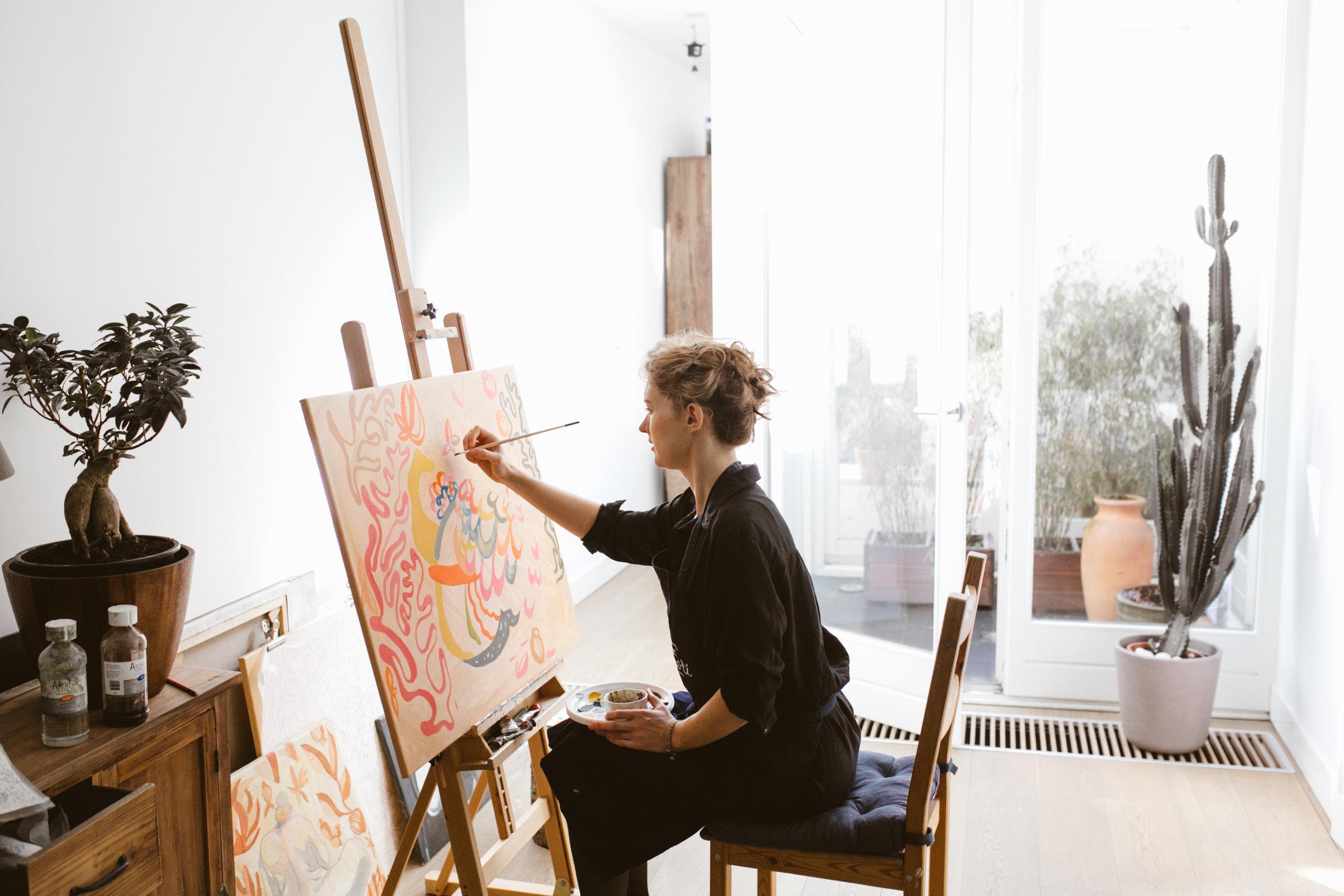 Me painting (photo credits neringasunday.com)