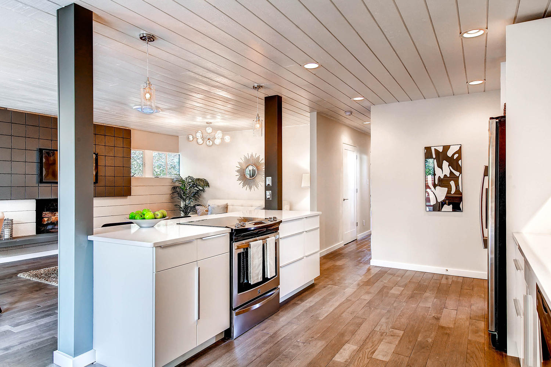 5405 S Lowell Blvd Littleton-large-014-Kitchen-1500x1000-72dpi.jpg