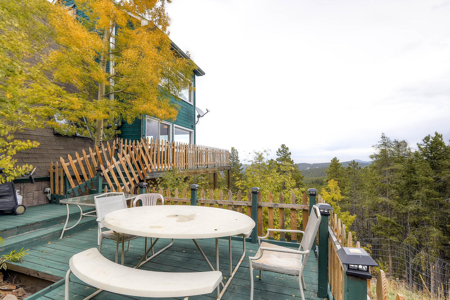 203 Sioux Trail Evergreen CO-large-023-Deck-1500x1000-72dpi.jpg