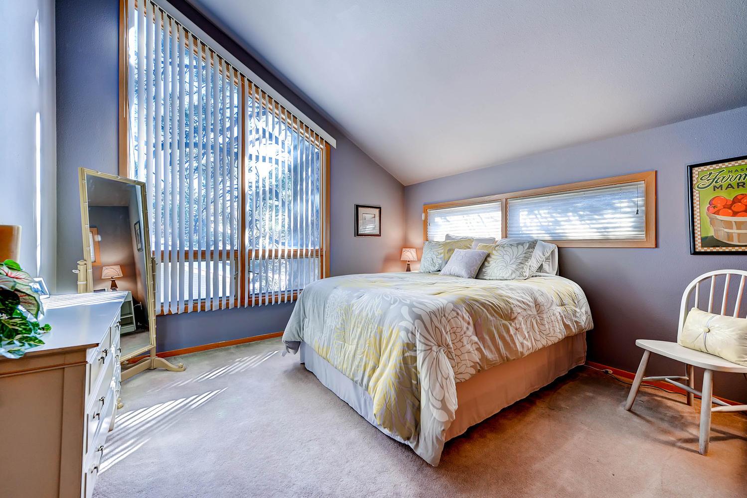 5632 Irish Pat Murphy Dr-large-024-2nd Floor Bedroom-1500x1000-72dpi.jpg