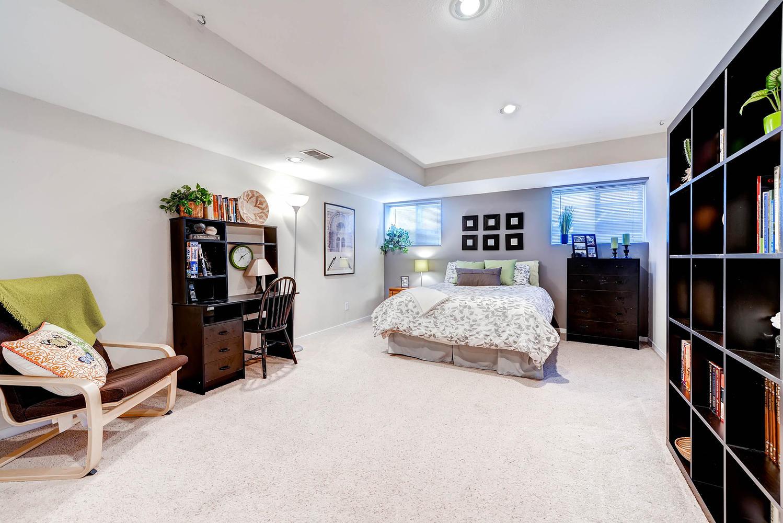 5632 Irish Pat Murphy Dr-large-031-Lower Level Bedroom-1499x1000-72dpi.jpg