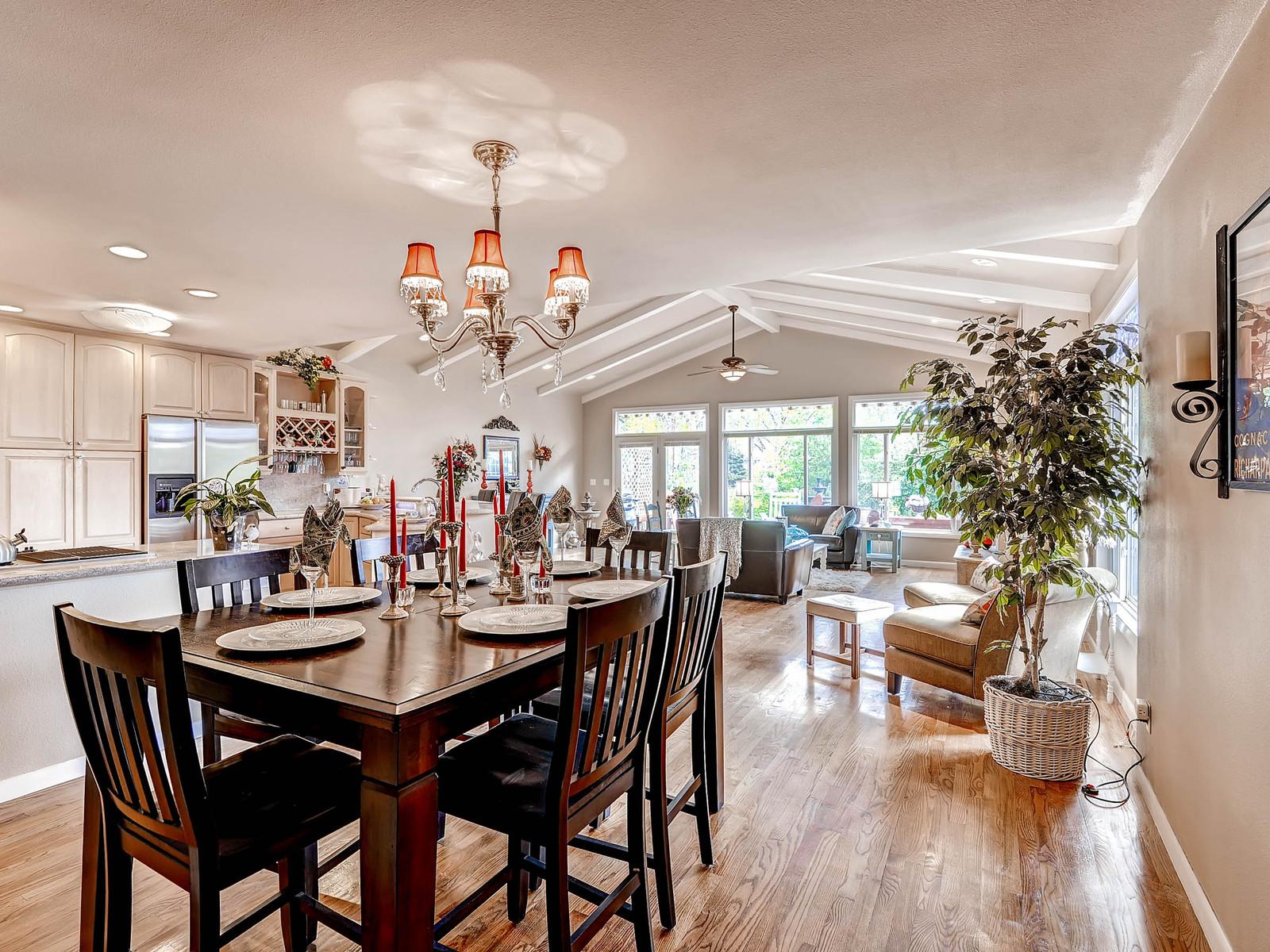 852 E Briarwood Circle S-MLS_Size-007-Dining Room-1600x1200-72dpi.jpg