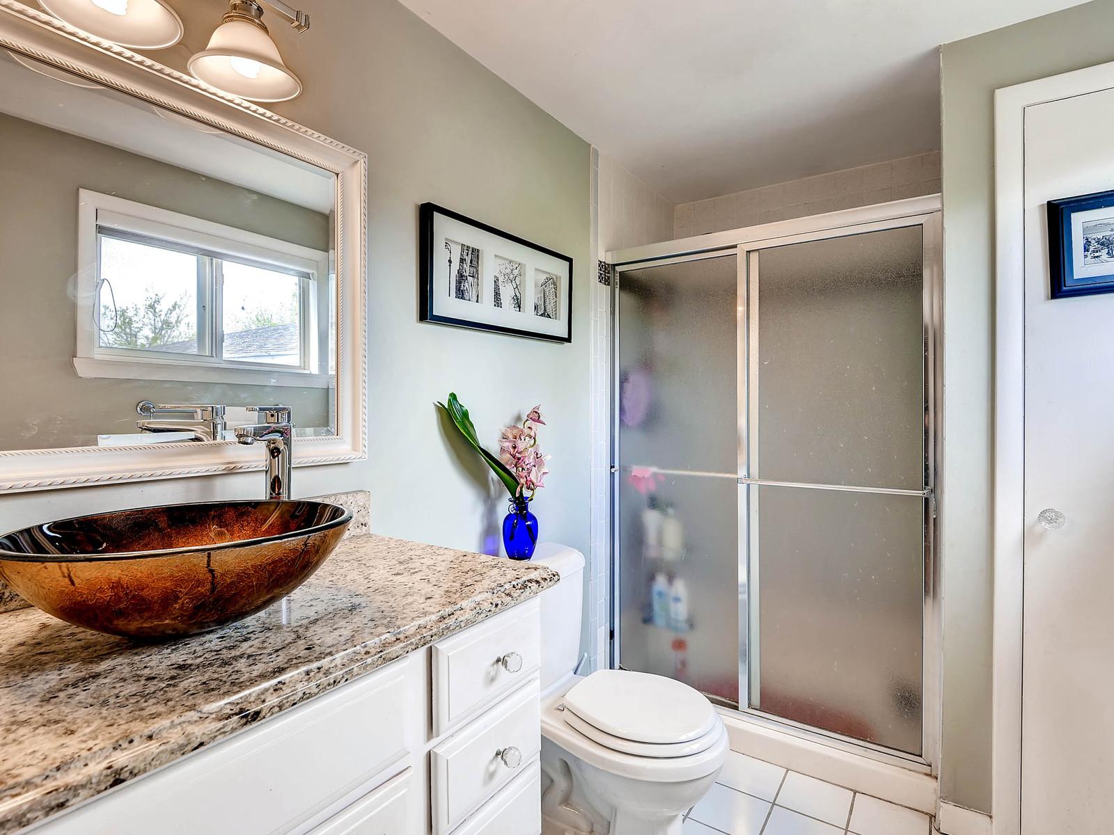 852 E Briarwood Circle S-MLS_Size-017-2nd Floor Master Bathroom-1600x1200-72dpi.jpg