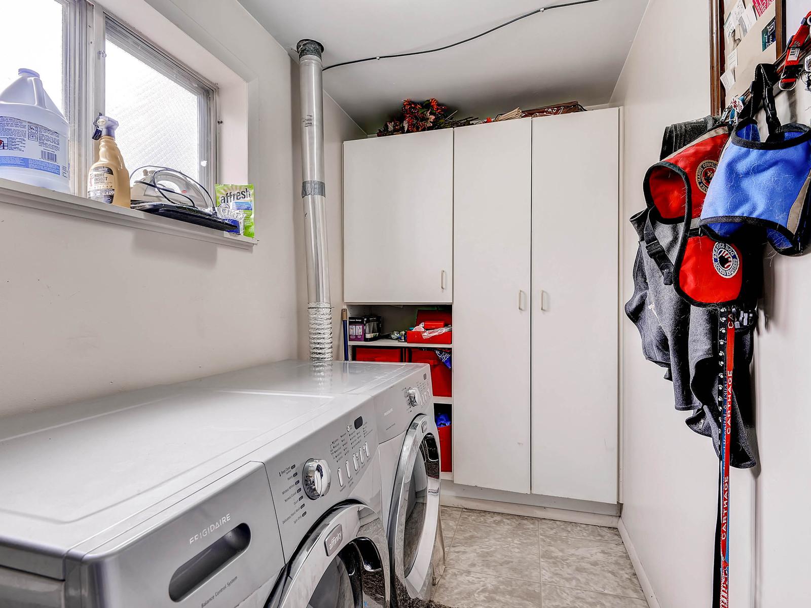 852 E Briarwood Circle S-MLS_Size-024-Lower Level Laundry Room-1600x1200-72dpi.jpg
