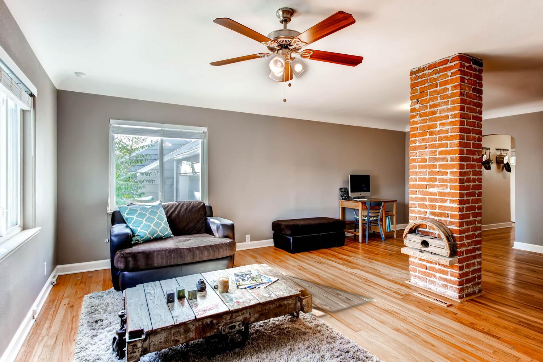1269 Ames St Lakewood CO 80214-large-006-12-Living Room-1500x1000-72dpi.jpg