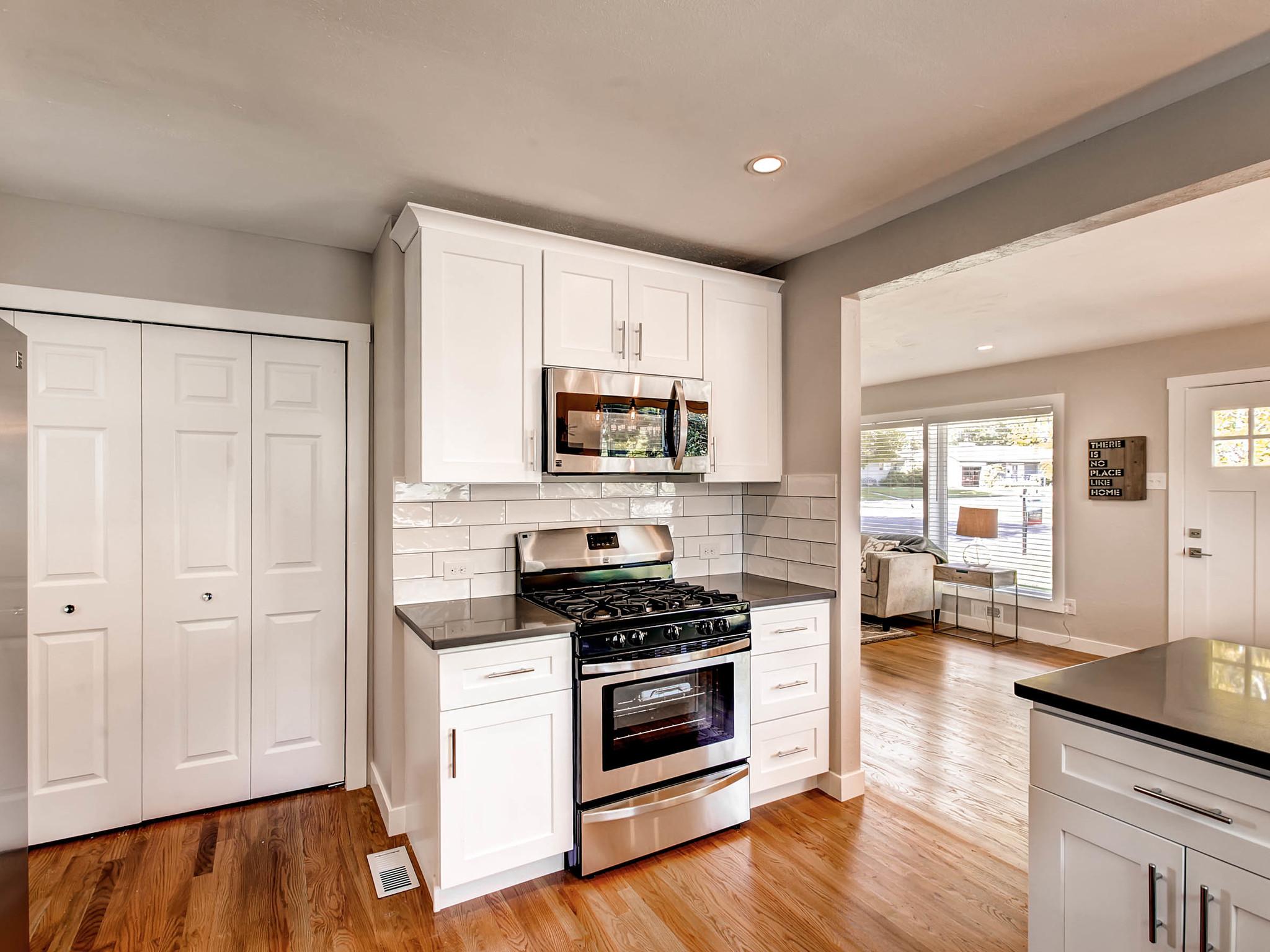 2521 S Bellaire St Denver CO-MLS_Size-010-8-Kitchen-2048x1536-72dpi.jpg