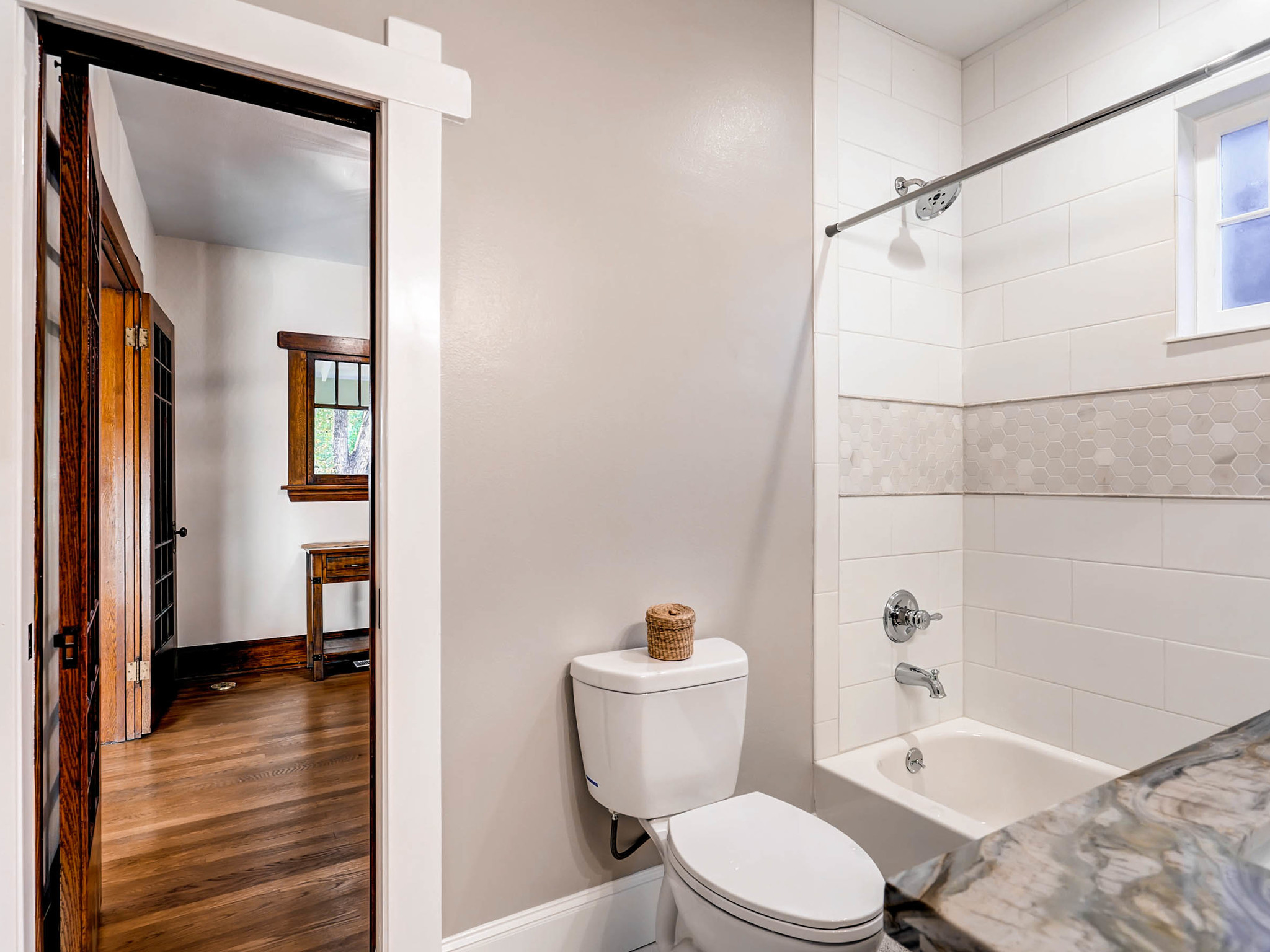 636 Josephine Street Denver CO-MLS_Size-020-16-Bathroom-2048x1536-72dpi.jpg