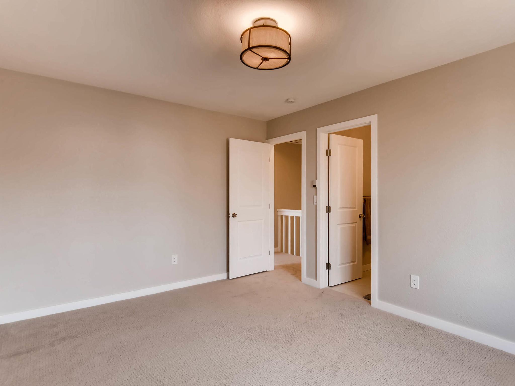 3850 S Olathe Cir Aurora CO-MLS_Size-017-13-2nd Floor Master Bedroom-2048x1536-72dpi.jpg