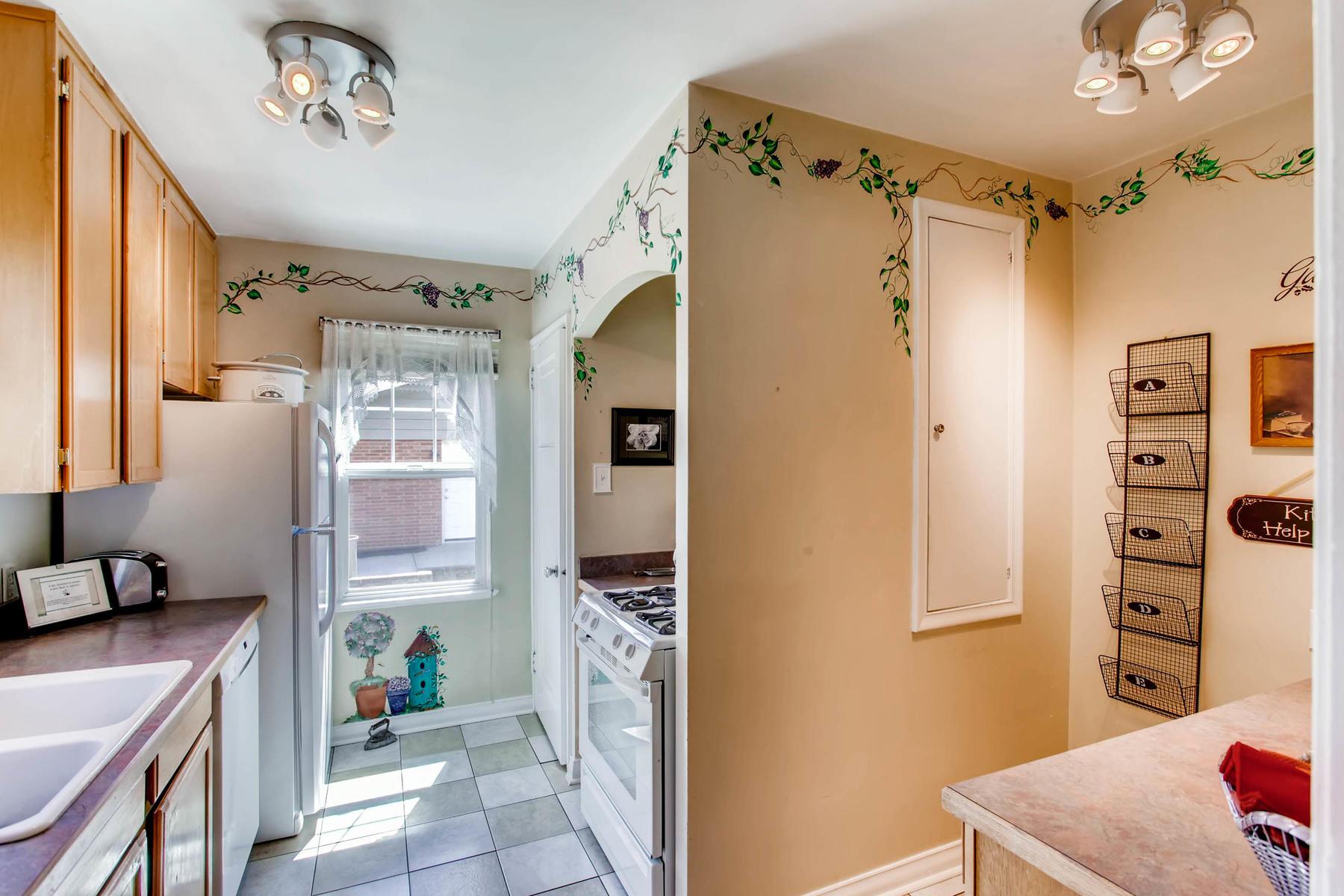 1737 W Powers Ave Littleton CO-MLS_Size-007-3-Kitchen-1800x1200-72dpi.jpg