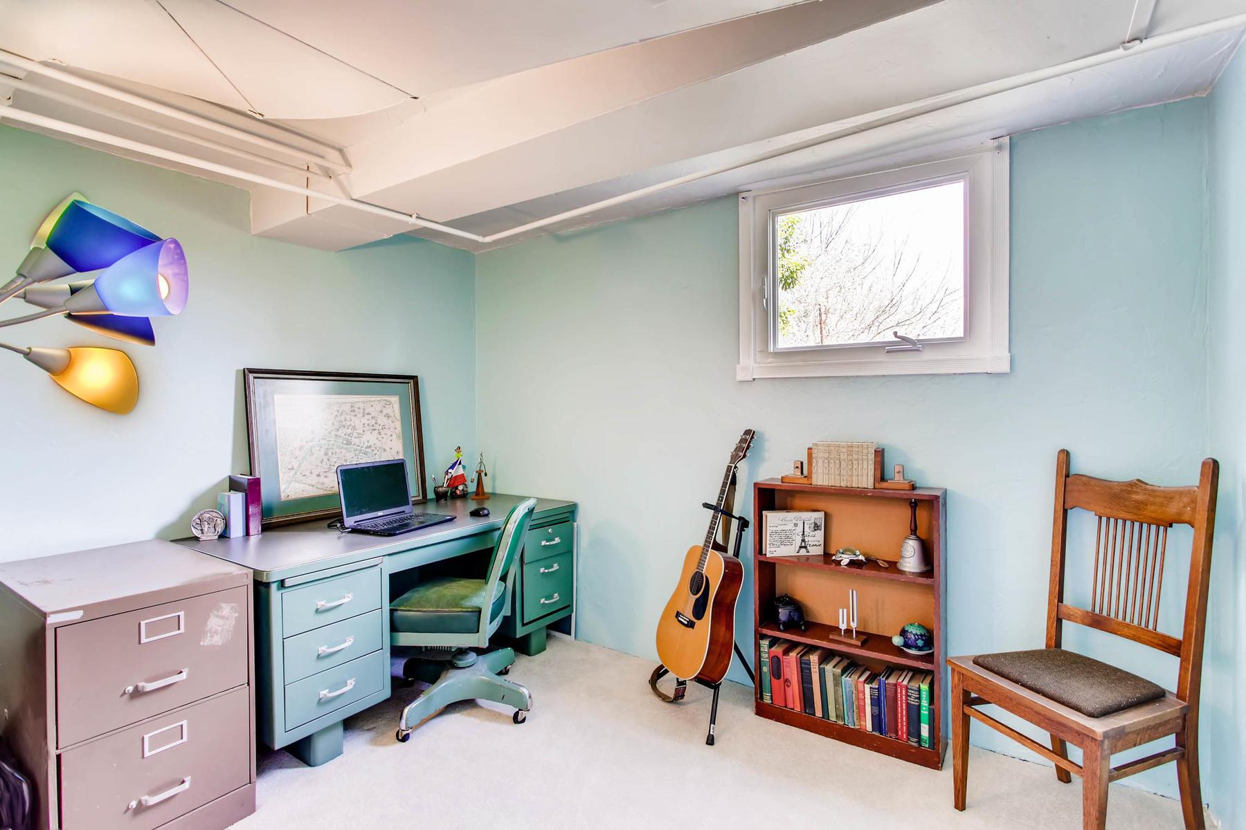 1737 W Powers Ave Littleton CO-MLS_Size-018-17-Lower Level Bedroom-1800x1200-72dpi.jpg