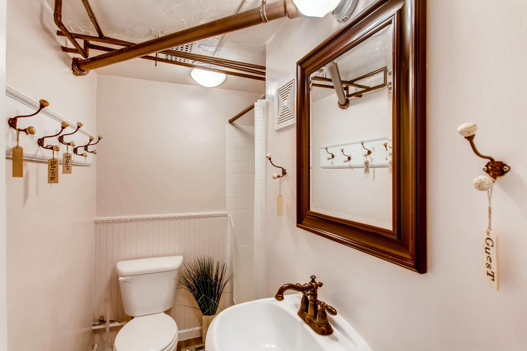 1737 W Powers Ave Littleton CO-MLS_Size-020-7-Lower Level Bathroom-1800x1200-72dpi.jpg