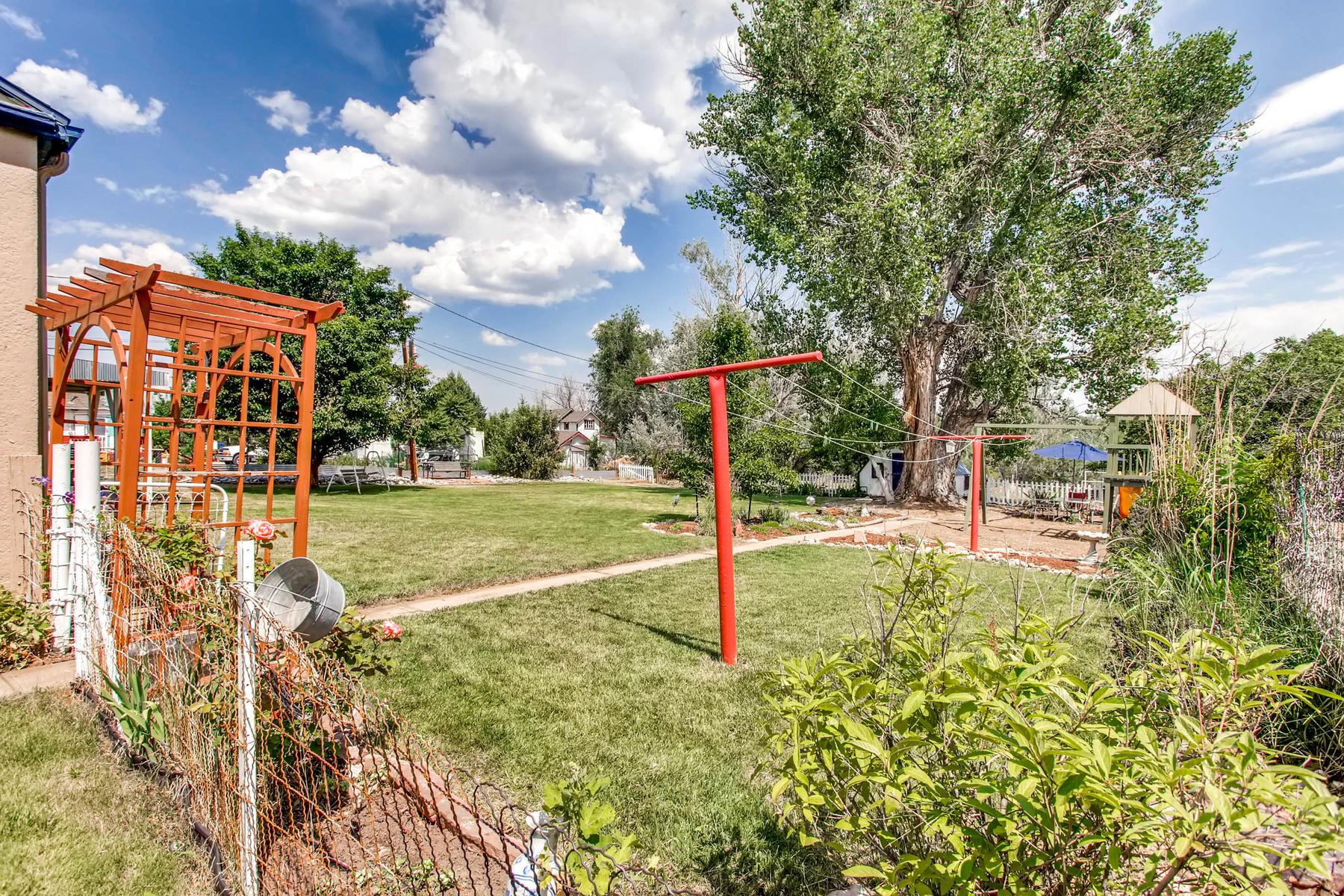 1737 W Powers Ave Littleton CO-MLS_Size-023-28-Back Yard-1800x1200-72dpi.jpg
